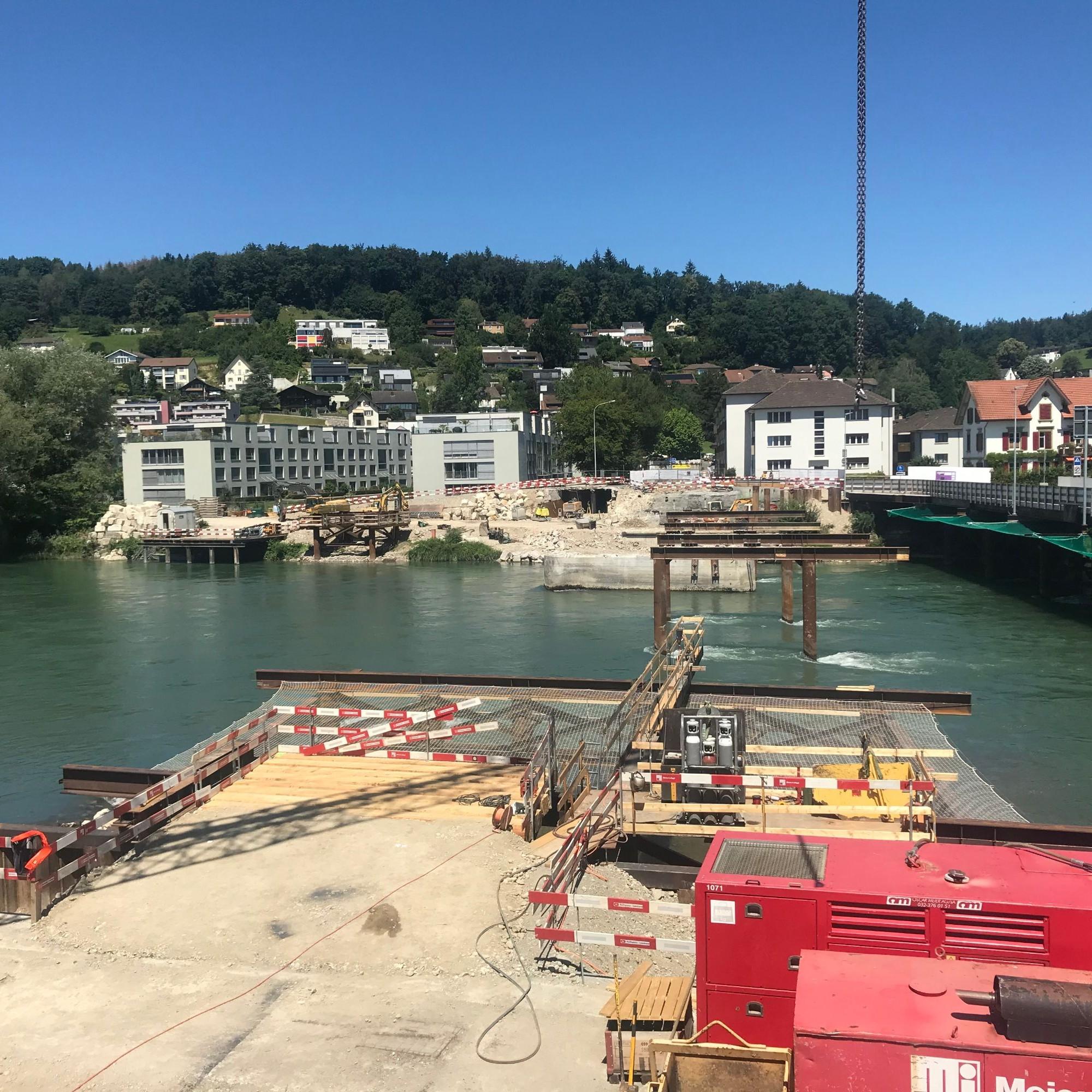 Auf der Baustelle der «Pont Neuf» in Aarau laufen die Vorbereitungsarbeiten.