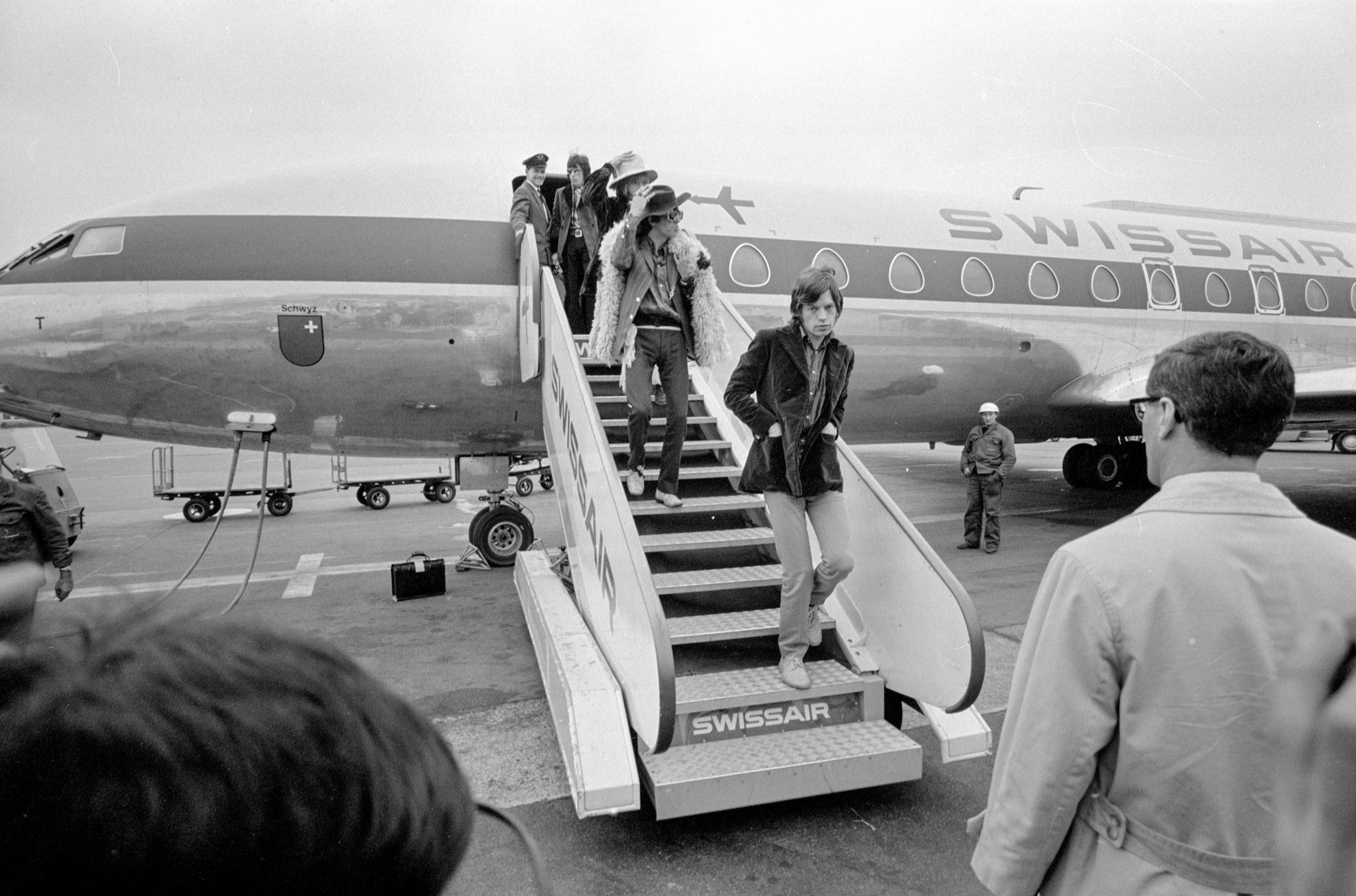 Rolling Stones um 1967 am Flughafen Zürich