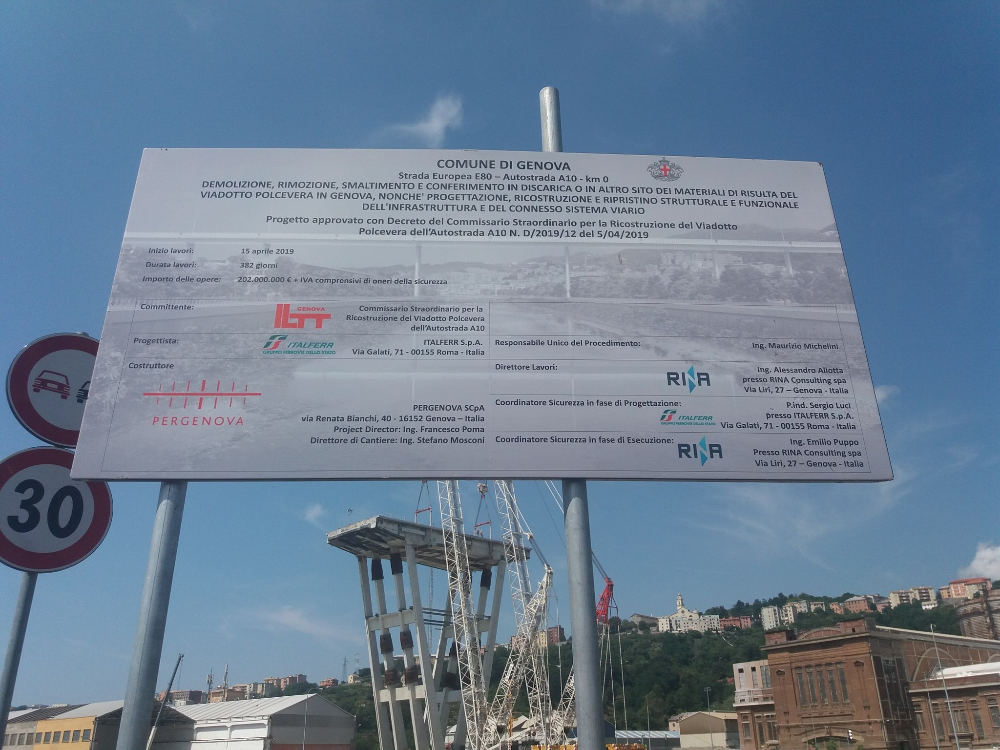 Baustellenschild bei der neuen Morandi-Brücke