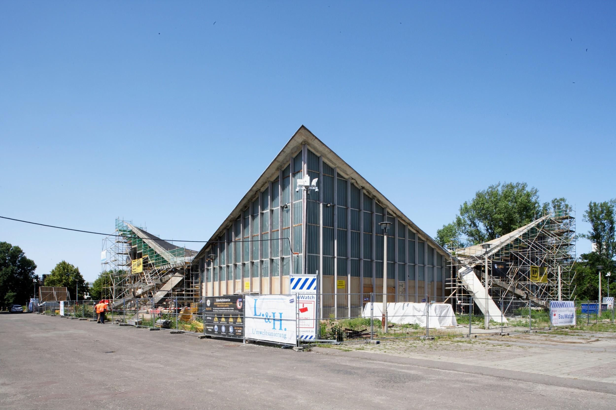 Hyparschale in Magdeburg