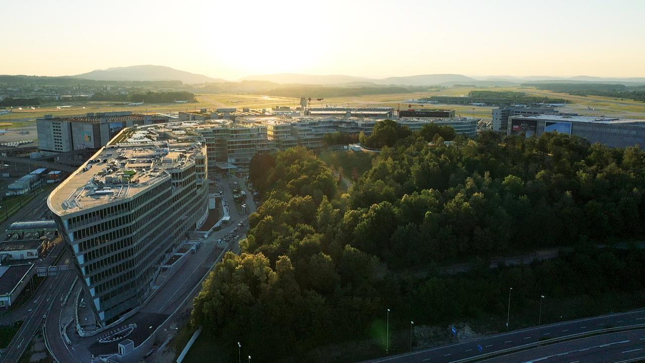 Neuer Park auf dem Butzenbüel beim Flughafen Zürich