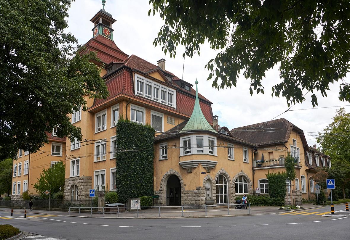 Schulhaus Moosmatt in Luzern