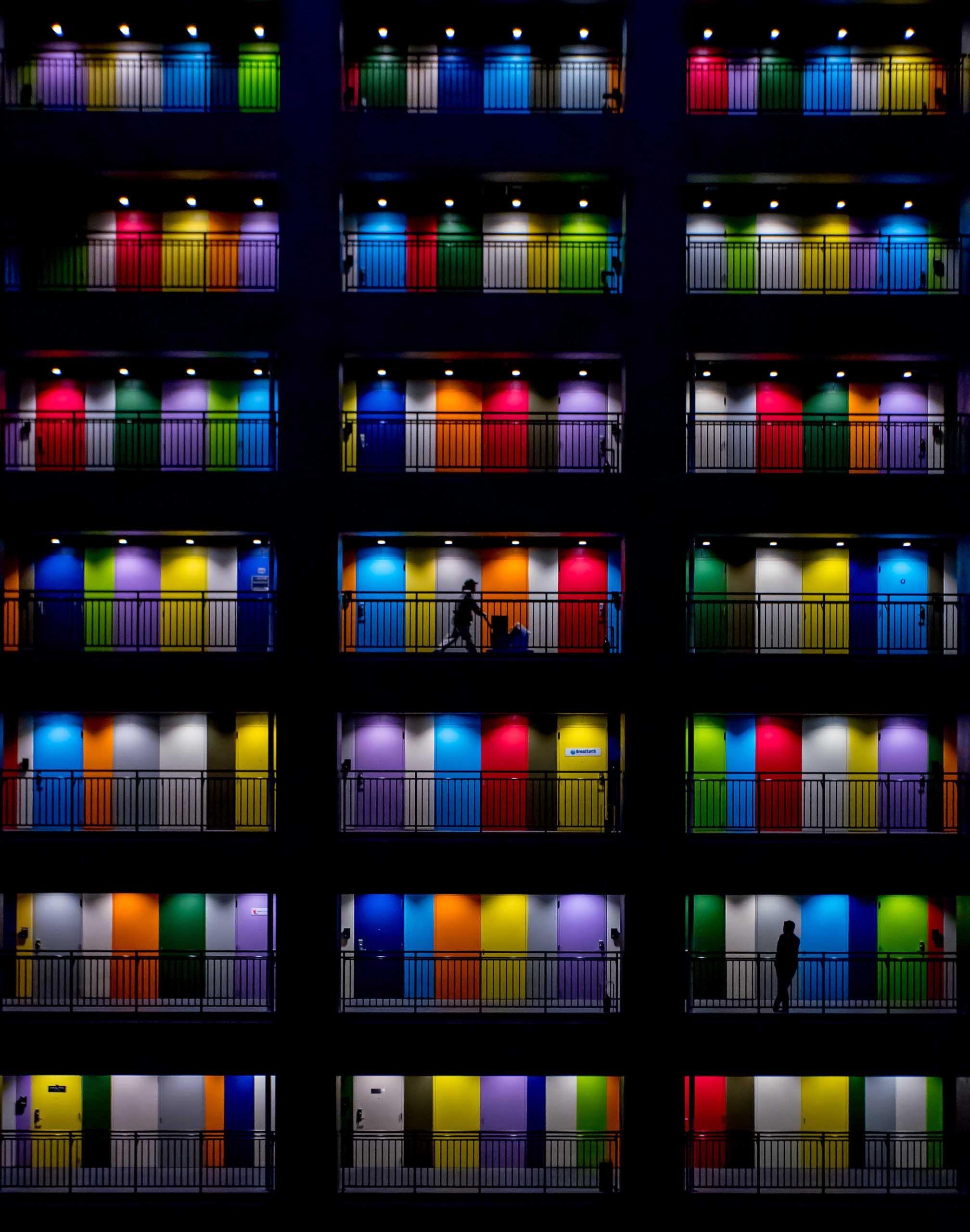 Farbige Haustüren in Jakarta