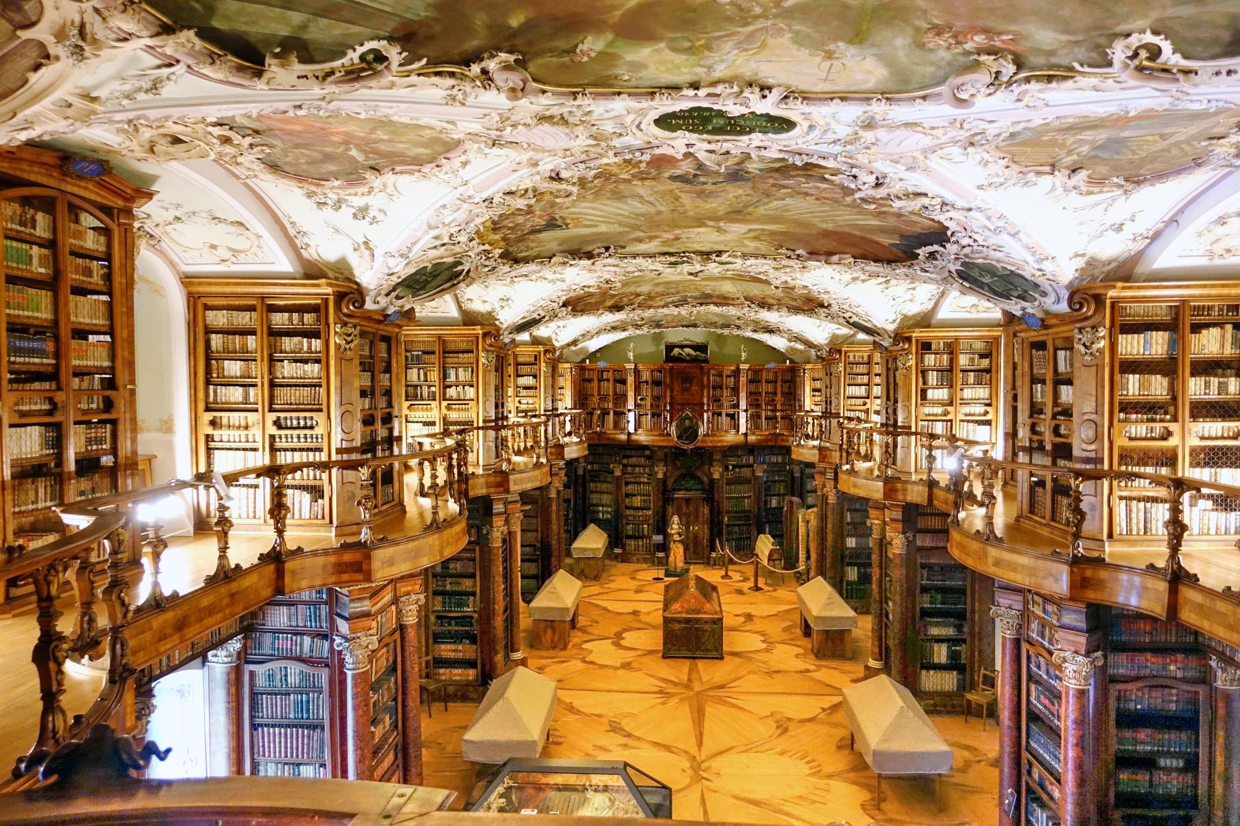 Stiftsbibliothek St. Gallen 12