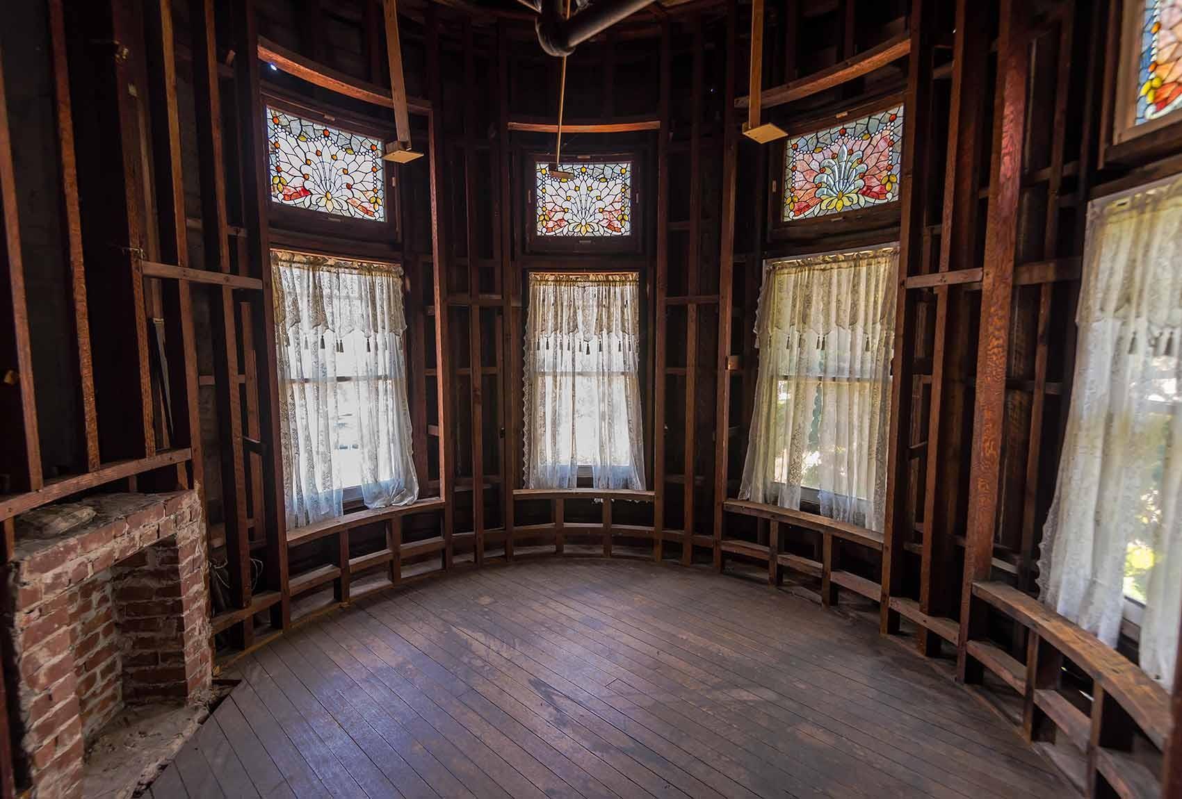 Runder Raum im Winchester Mystery Haus in San José