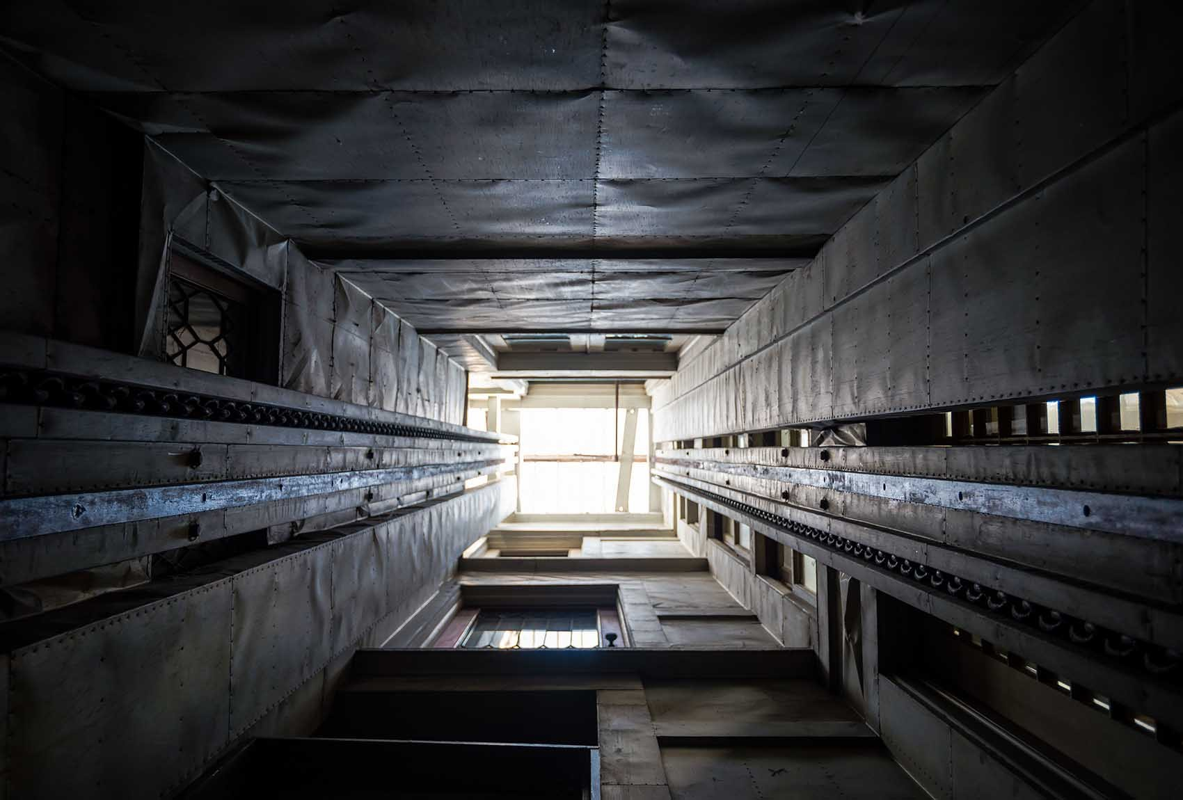 Schacht im Winchester Mystery Haus in San José