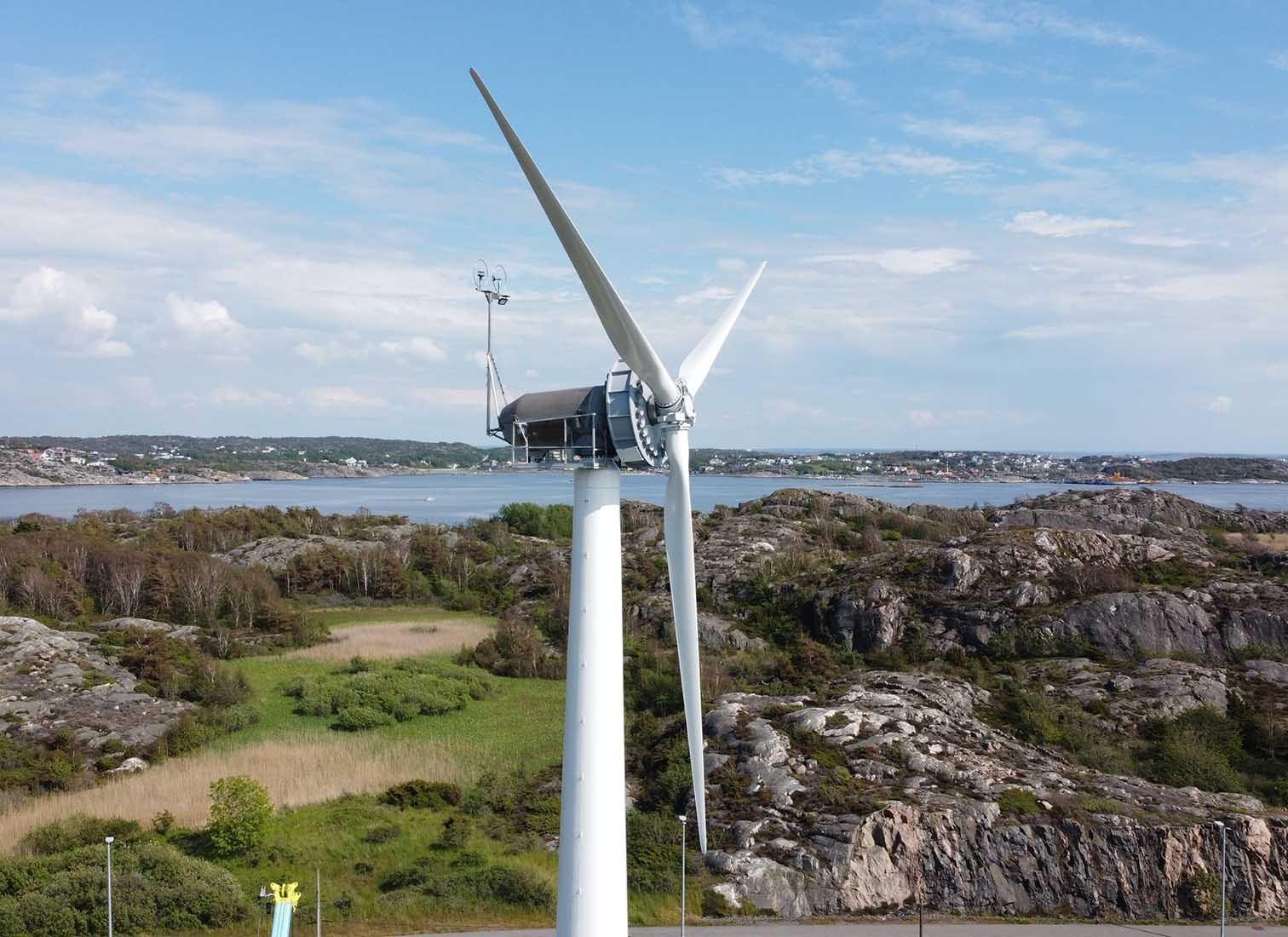 Windturbine aus Holz in Schweden