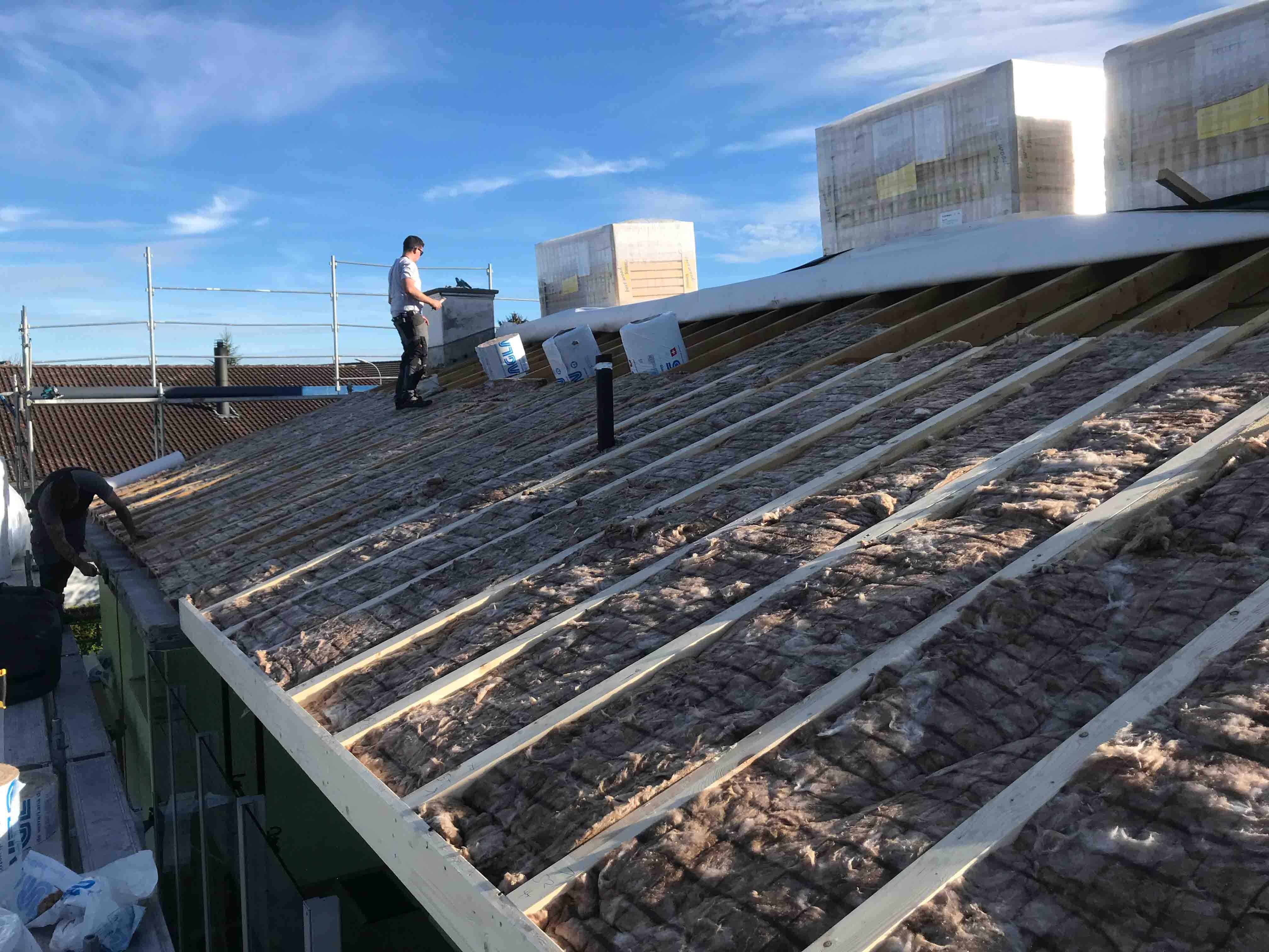 Einbau einer Indach-Photovoltaikanlage