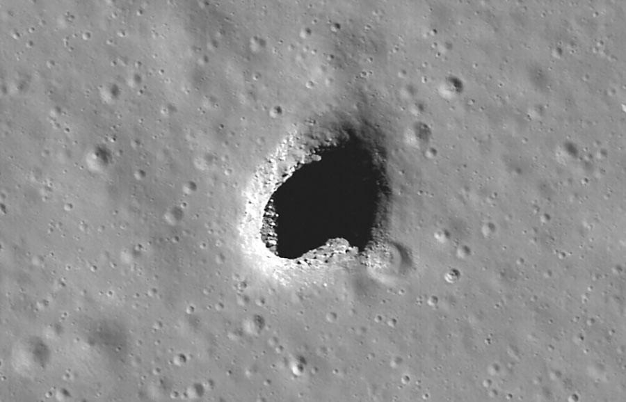 Skylight, Mare Ingenii. (Mond)