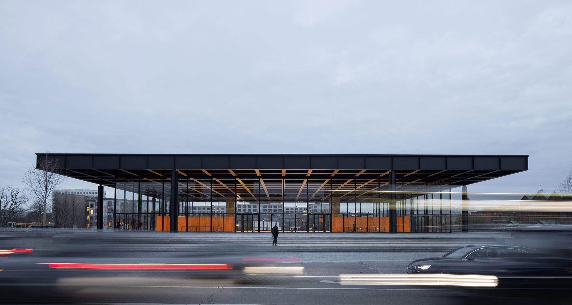 Die Neue Nationalgalerie nach der Sanierung.