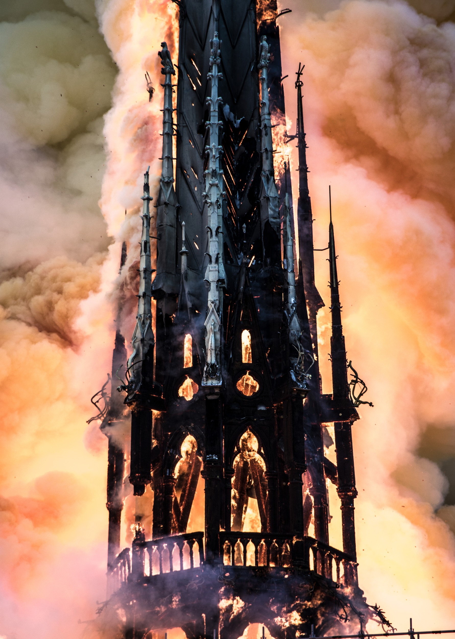 Kathedrale Notre-Dame Paris Dachreiter Brand Flammen