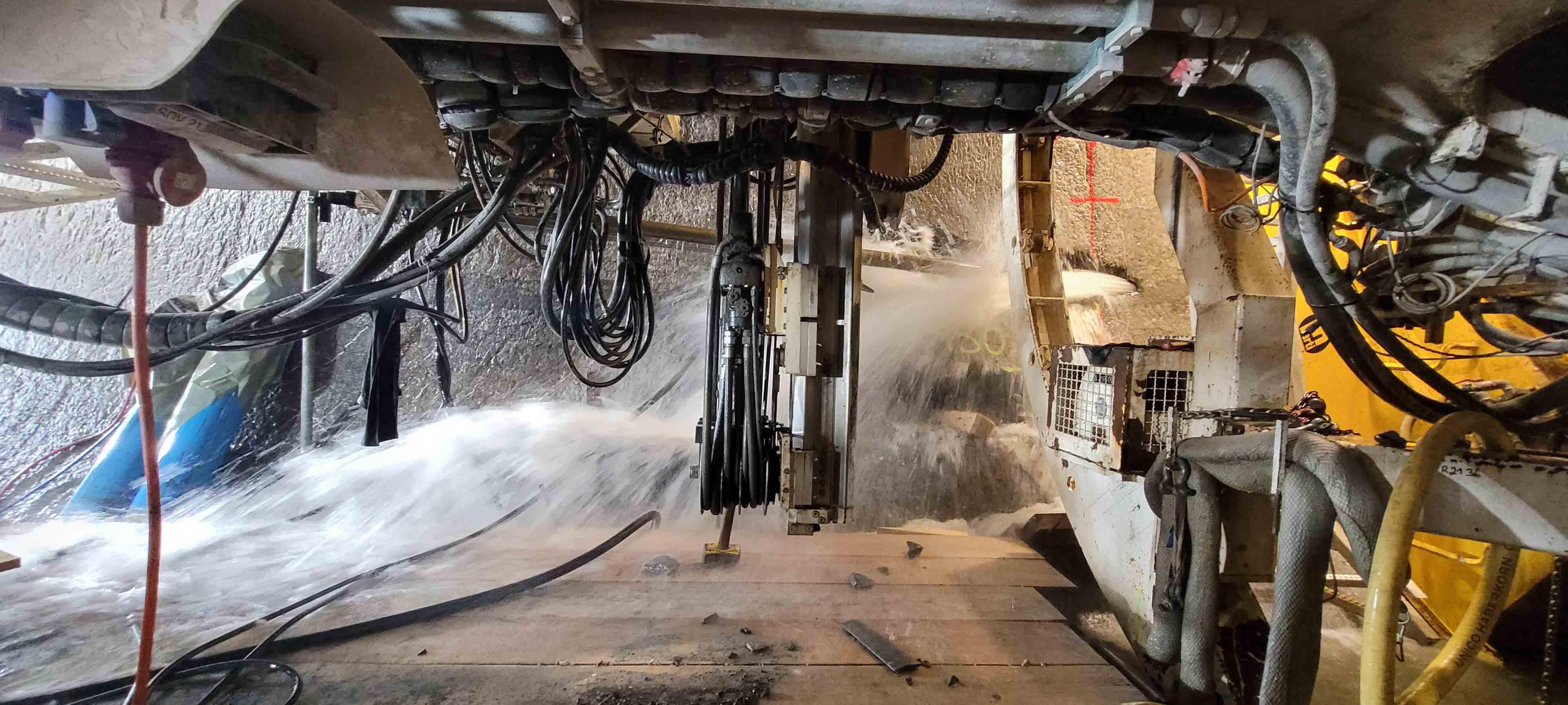 Entlastungsbohrung in Hochwasserentlastungsstollen bei Alpnach