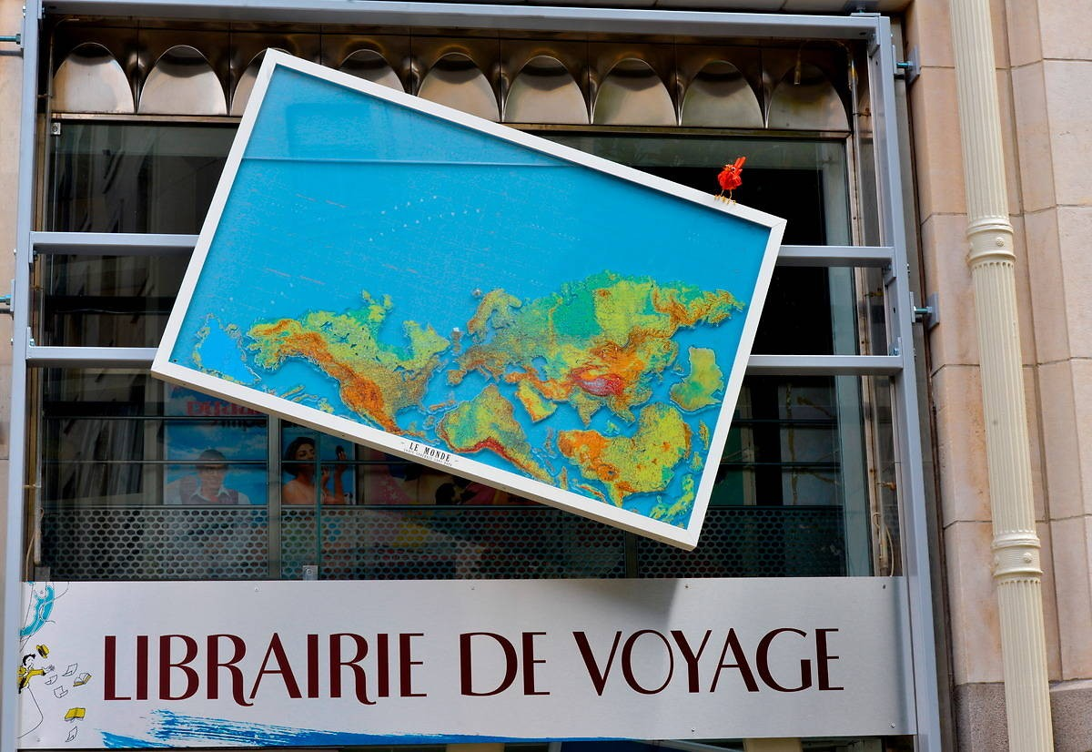 Ladenschild der Librairie de Voyage in Nantes