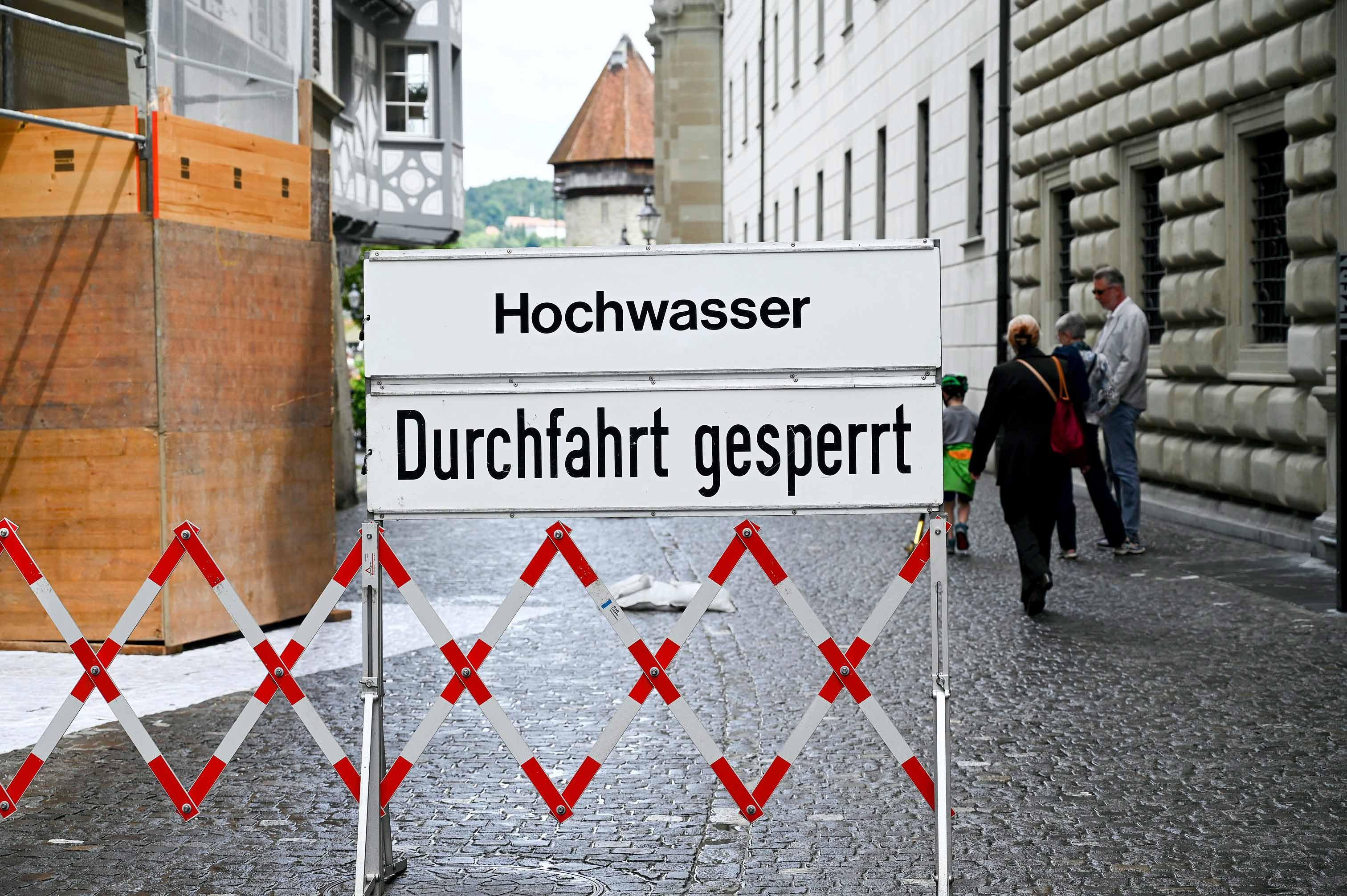Strassensperrungen beim Regierungsgebäude in Luzern