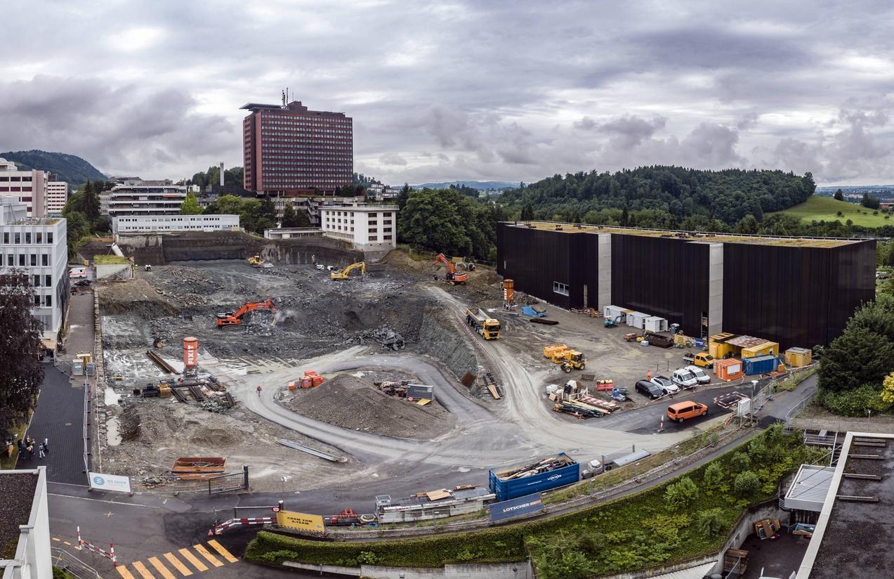 Aushubarbeiten beim Luzerner Kantonsspital