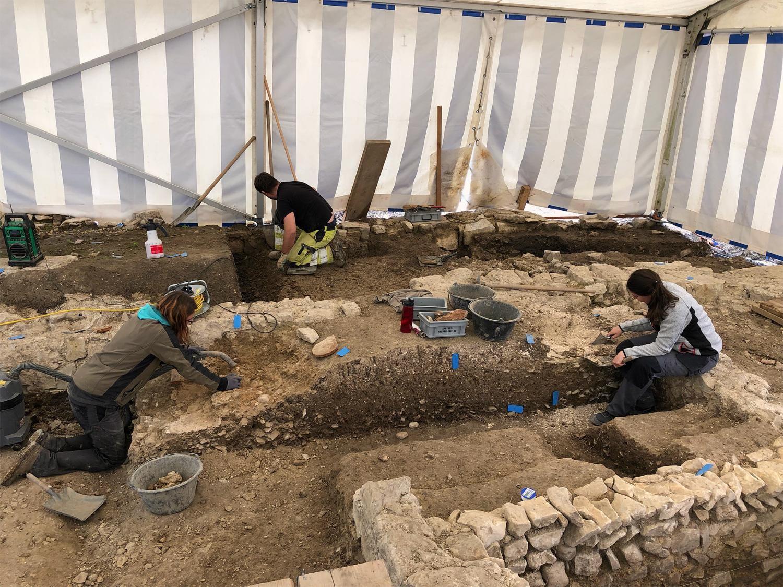 Ausgrabungen beim Schloss Beringen