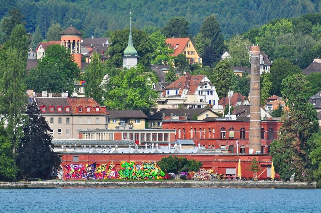 Rote Fabrik in Zürich-Wollishofen