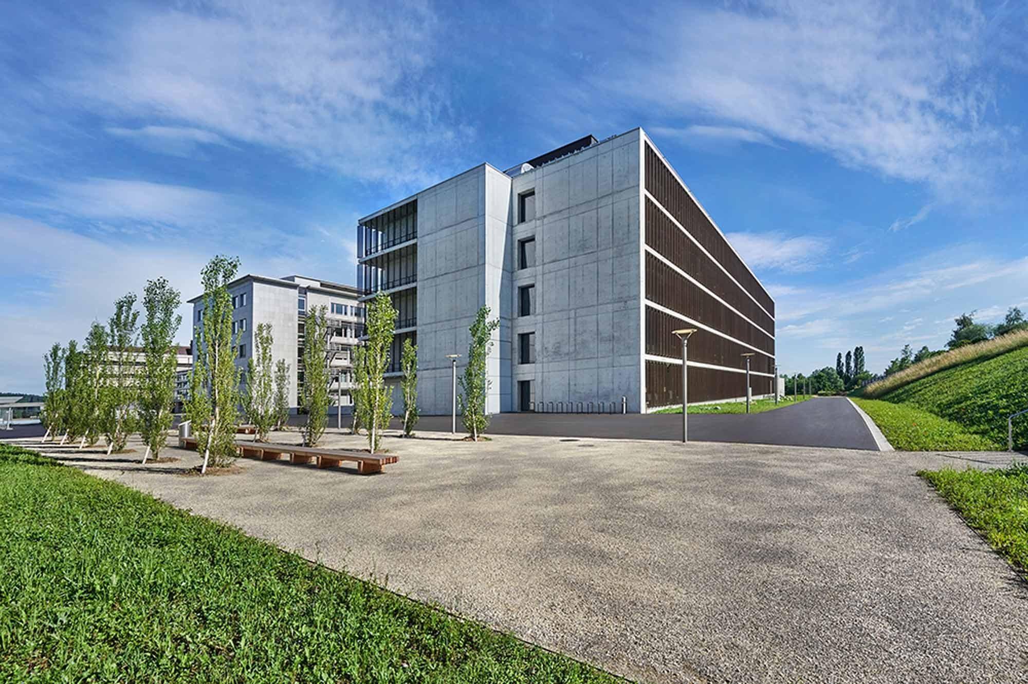 Aussenansicht Laborgebäude UZI 5 Universität Zürich