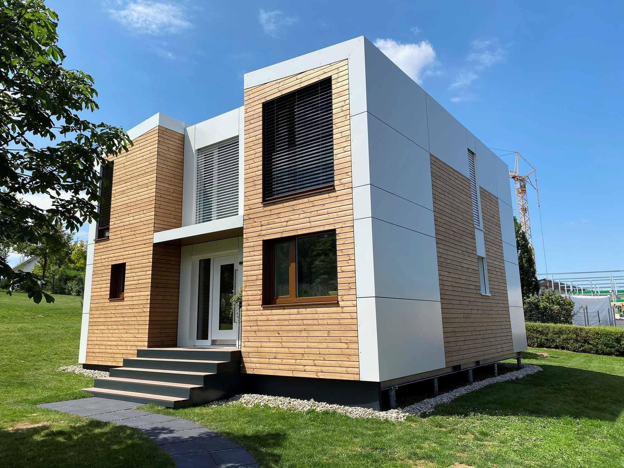 Haus mit Schraubfundament
