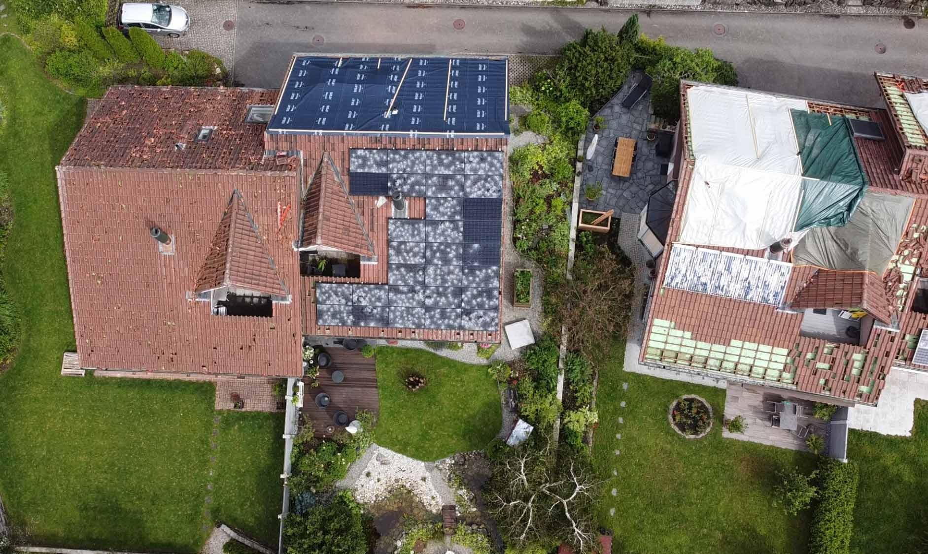 Hagelschäden Photovoltaikanlage und Dach in Luzern