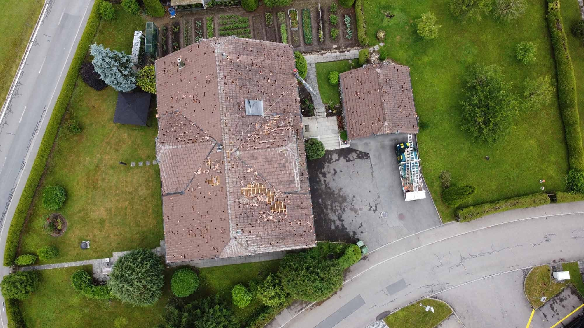 Dachschäden nach Hagel-Unwetter im Sommer 2021 Luzern