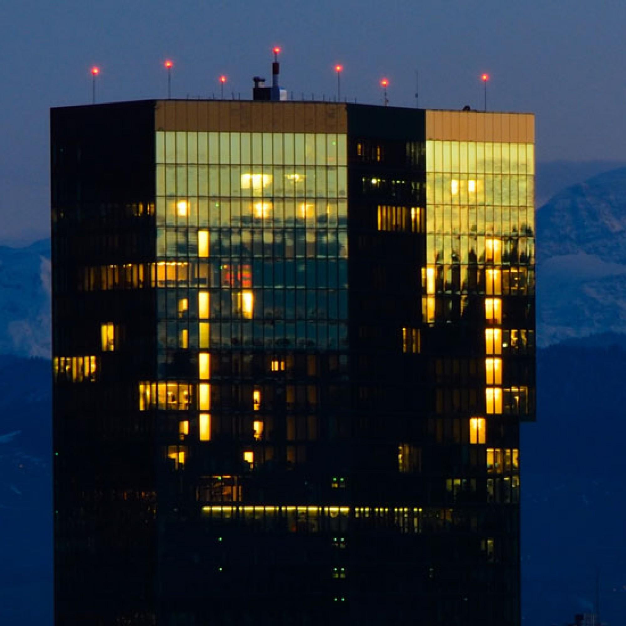 Ein Überangebot an Büroflächen besteht laut CS derzeit vor allem in den Regionen Genf und Zürich. (Bild: Kuhnmi, flickr, CC)