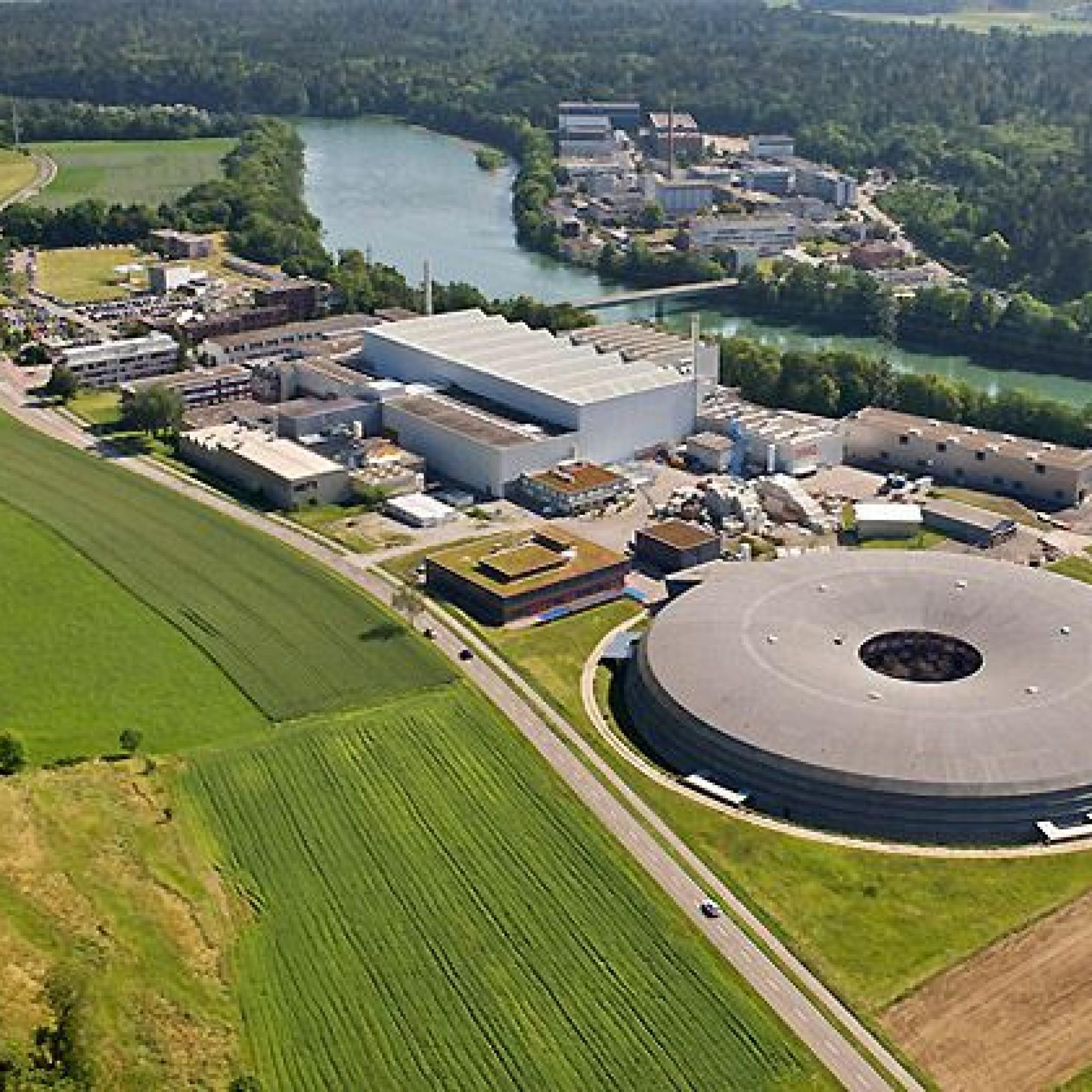 Das PSI in Villigen AG will das atomare Zwischenlager des Bundes in seiner Nachbarschaft ausbauen (Bild: PSI)