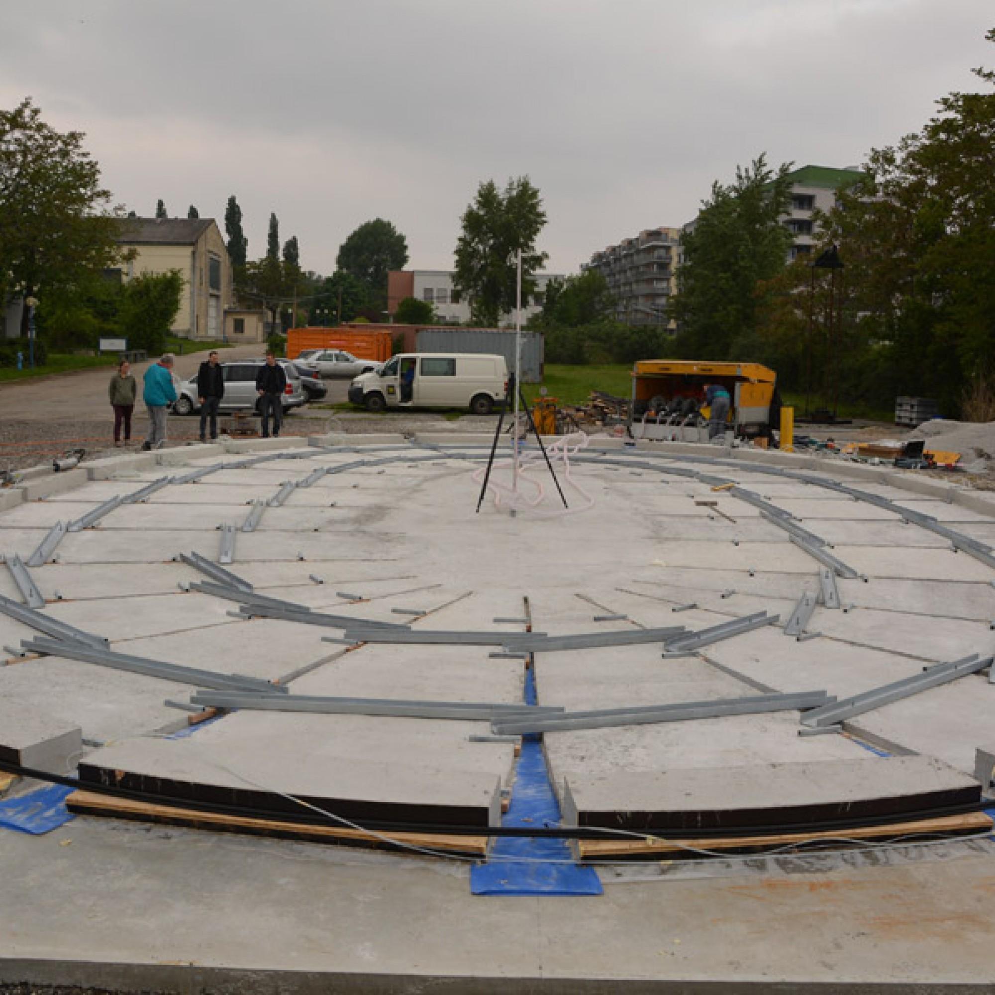 Die Form wird mit Beton ausgegossen. (TU Wien)