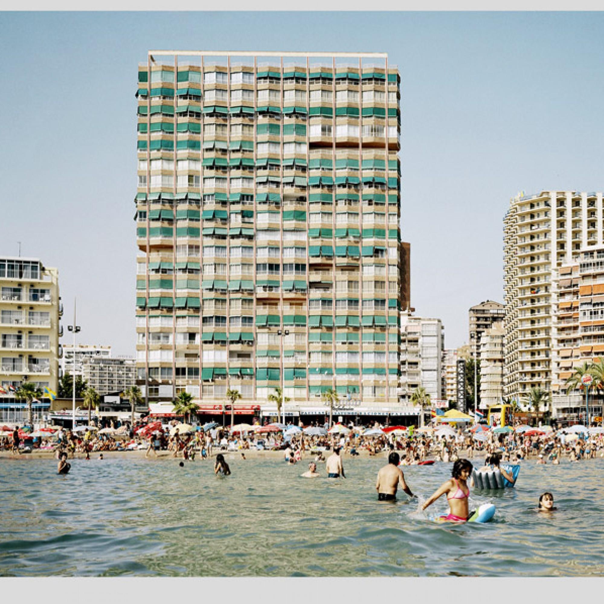 Playa Levante, Benidorn, Spanien (Tobias Madörin, Scheidgger & Spiess)