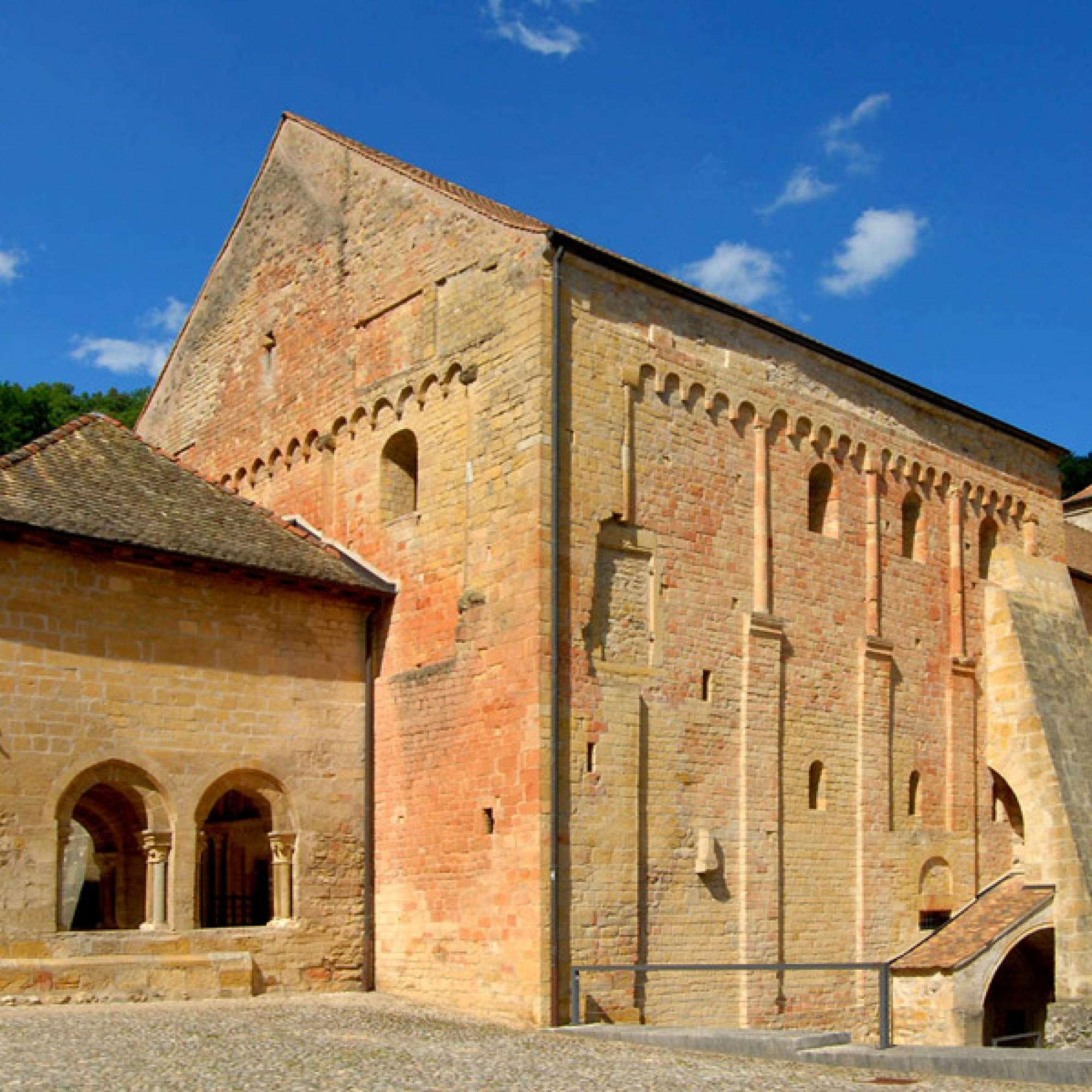 Singen hier die Engel? Kirche der Klosteranlage von Romainmôtier. (Loveless, wikimedia.org, CC)
