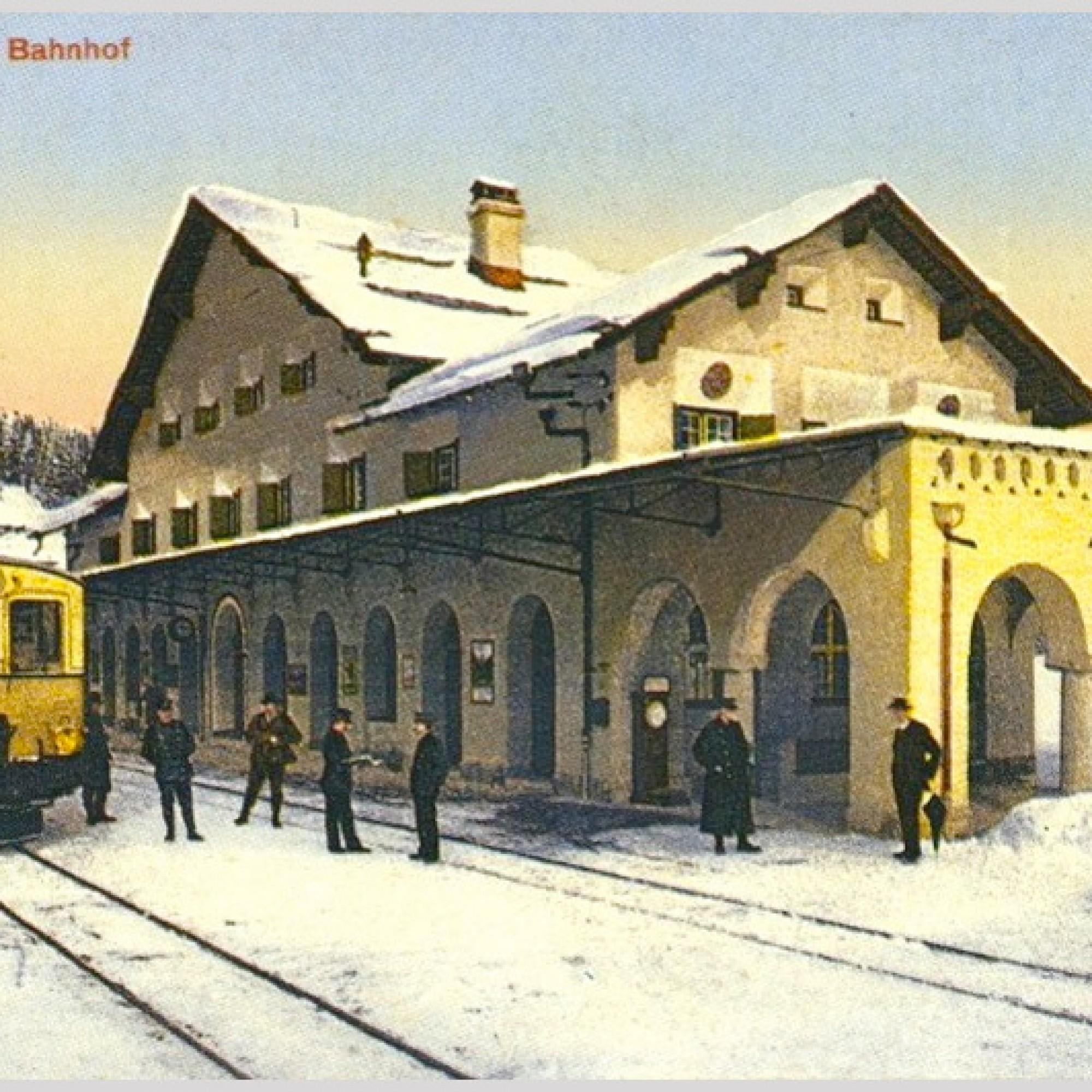 Bahnhof von Arosa im Winter, Postkarte um 1914. (Wikipedia, gemeinfrei)