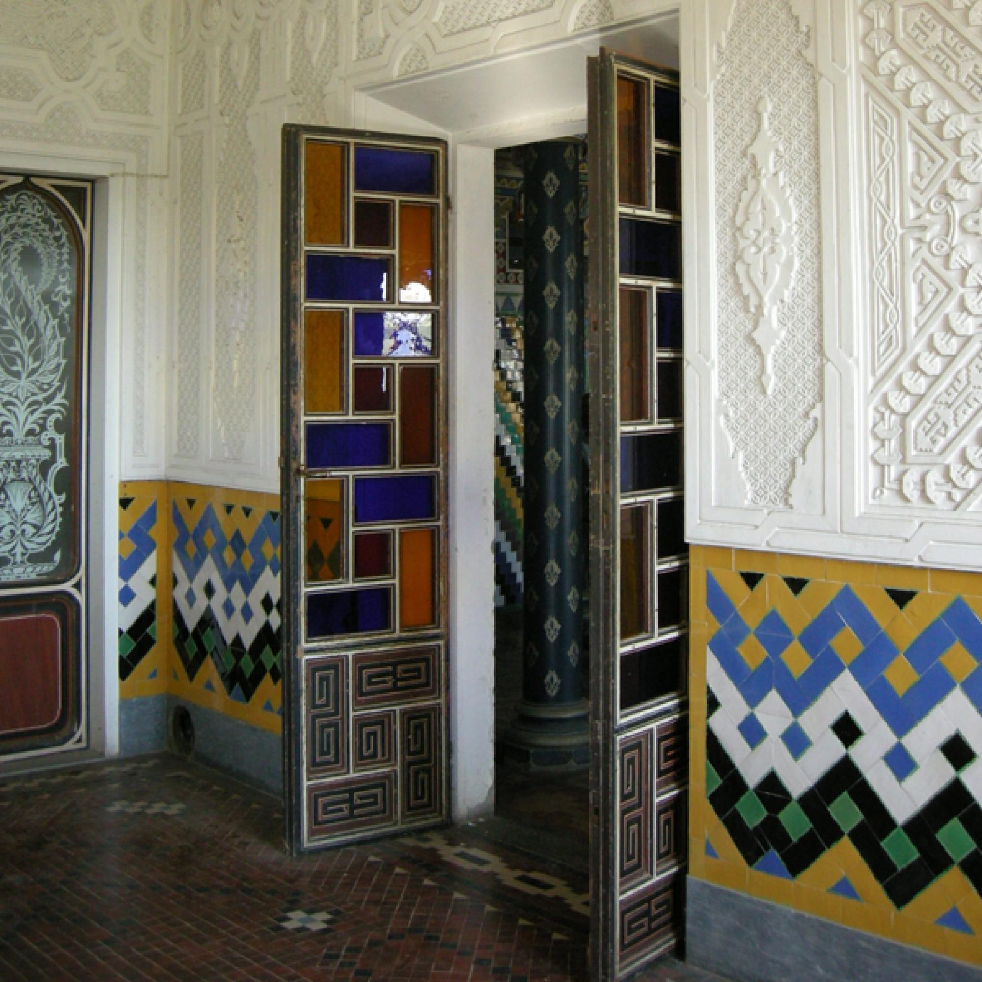 Selbst die Türen sind kleine Kunstwerke. (www.wikimedia.org,sailko,CC)