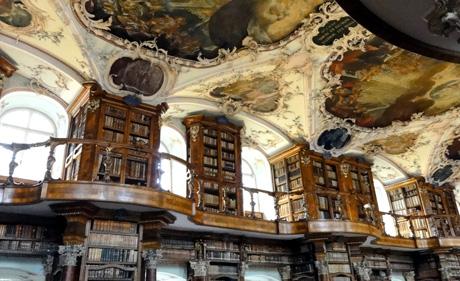 Barocksaal der Stiftsbibliothek St. Gallen (flickr.com, Wolfgang Appel, CC)