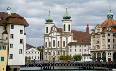 Jesuitenkirche Luzern (wikimedia.org, Leiju, CC)