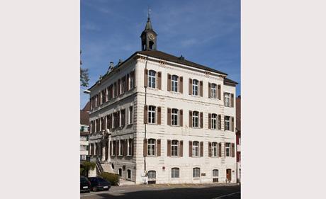 Rathaus Delsberg (wikimedia.org, Roland Zumbuehl, CC)