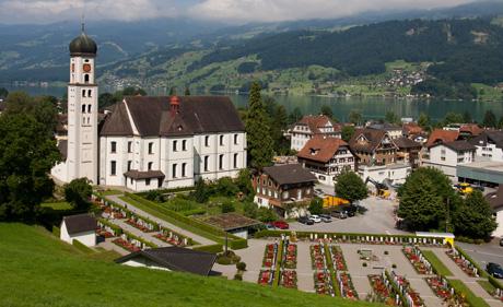 Pfarr- und Wallfahrtskirche Sachseln (wikimedia.org, Roland Zumbuehl, CC)
