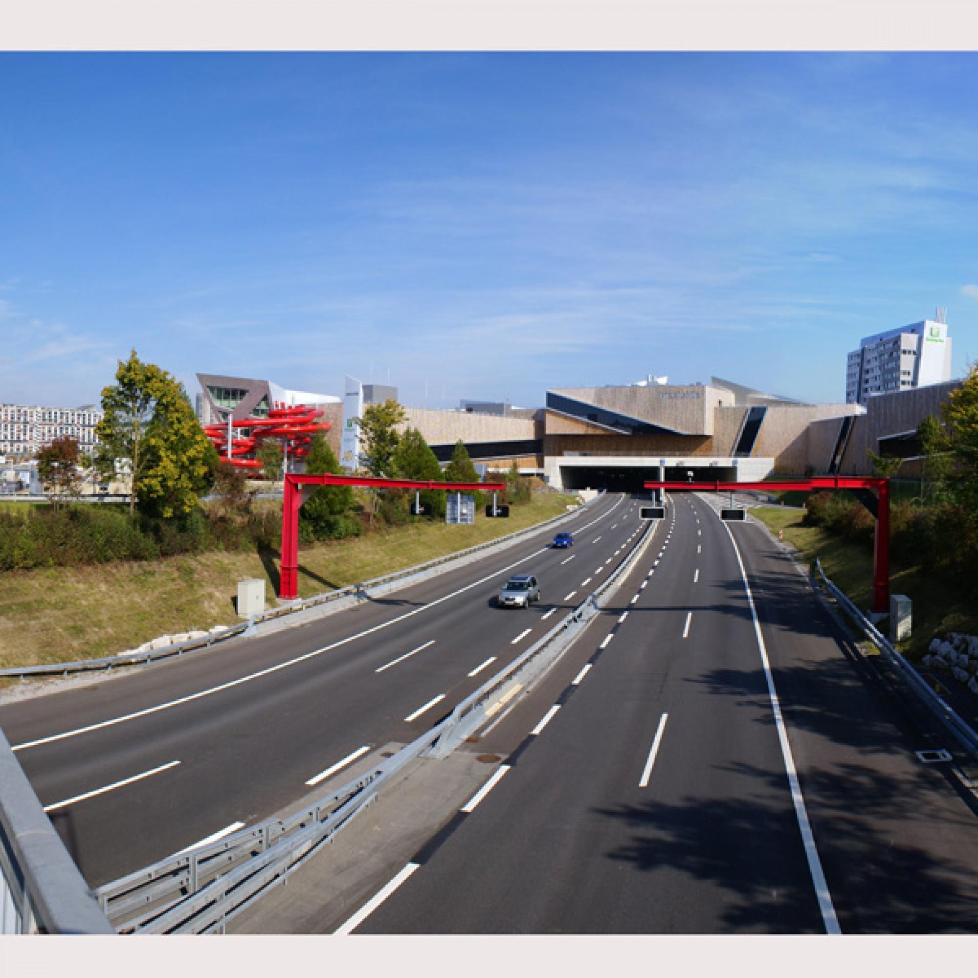 Freizeit- und Einkaufszentrum Westside in Brünnen BE, Minergiebau, Symbolbild (wikimedia.org, Sandstein, CC)