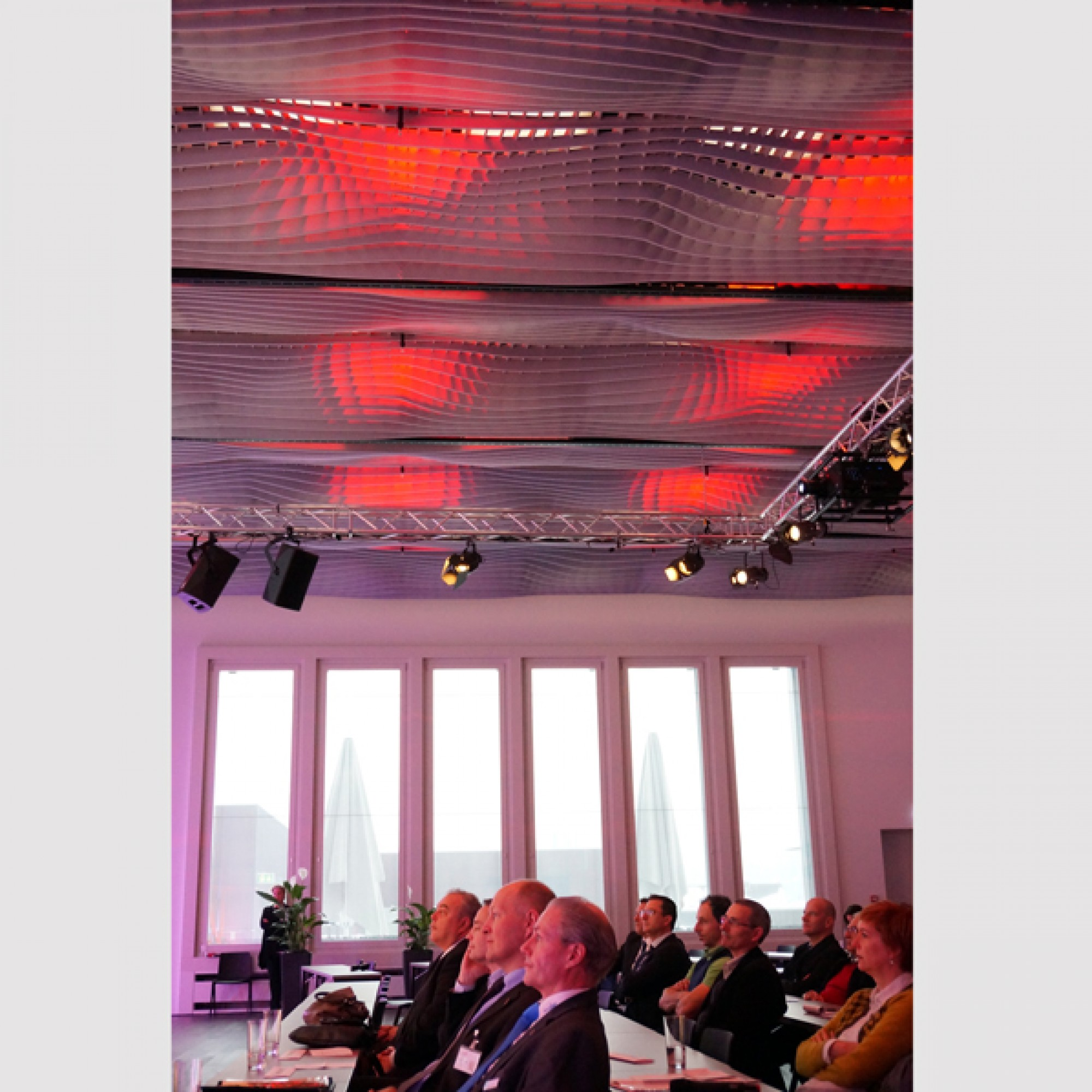 Publikum an der Eröffnung der appli-tech. (Gabriel Diezi)