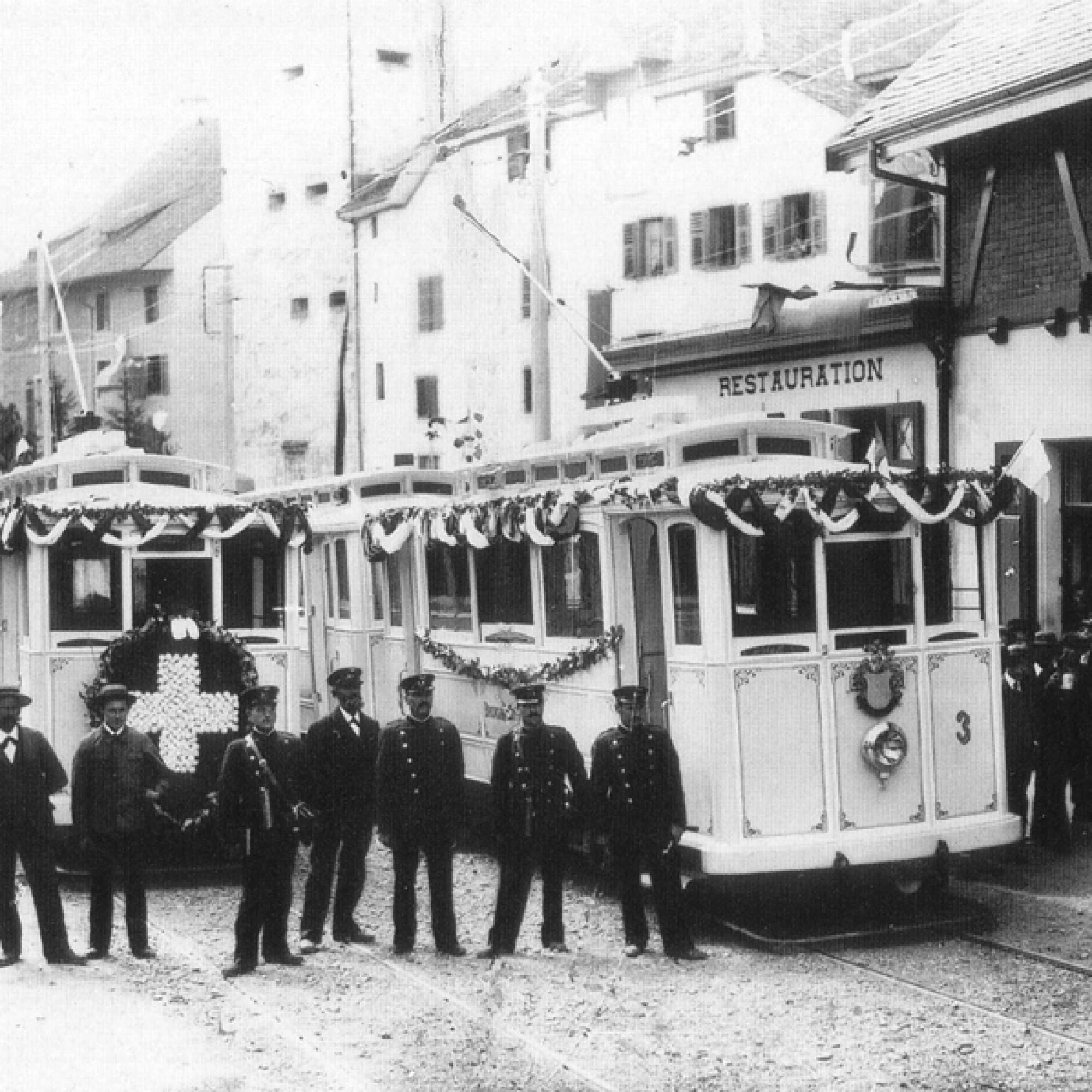 Eröffnungsfahrt der Bremgarten–Dietikon-Bahn um 1902.  (wikimedia.org)