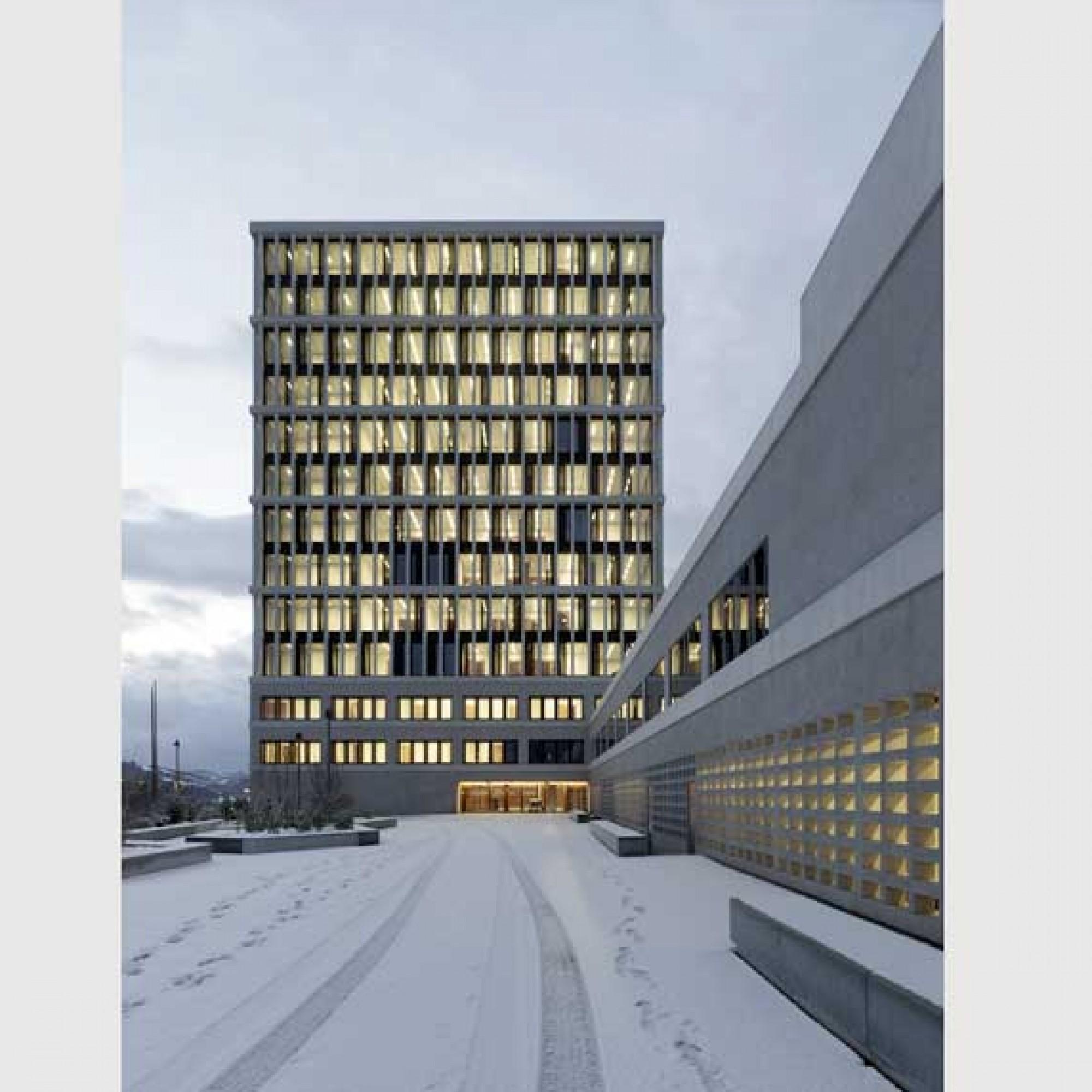 Bundesverwaltungsgericht, St. Gallen Fassade bei Nacht, Baujahr 2012. ( Roland Bernath / zvg BAK)