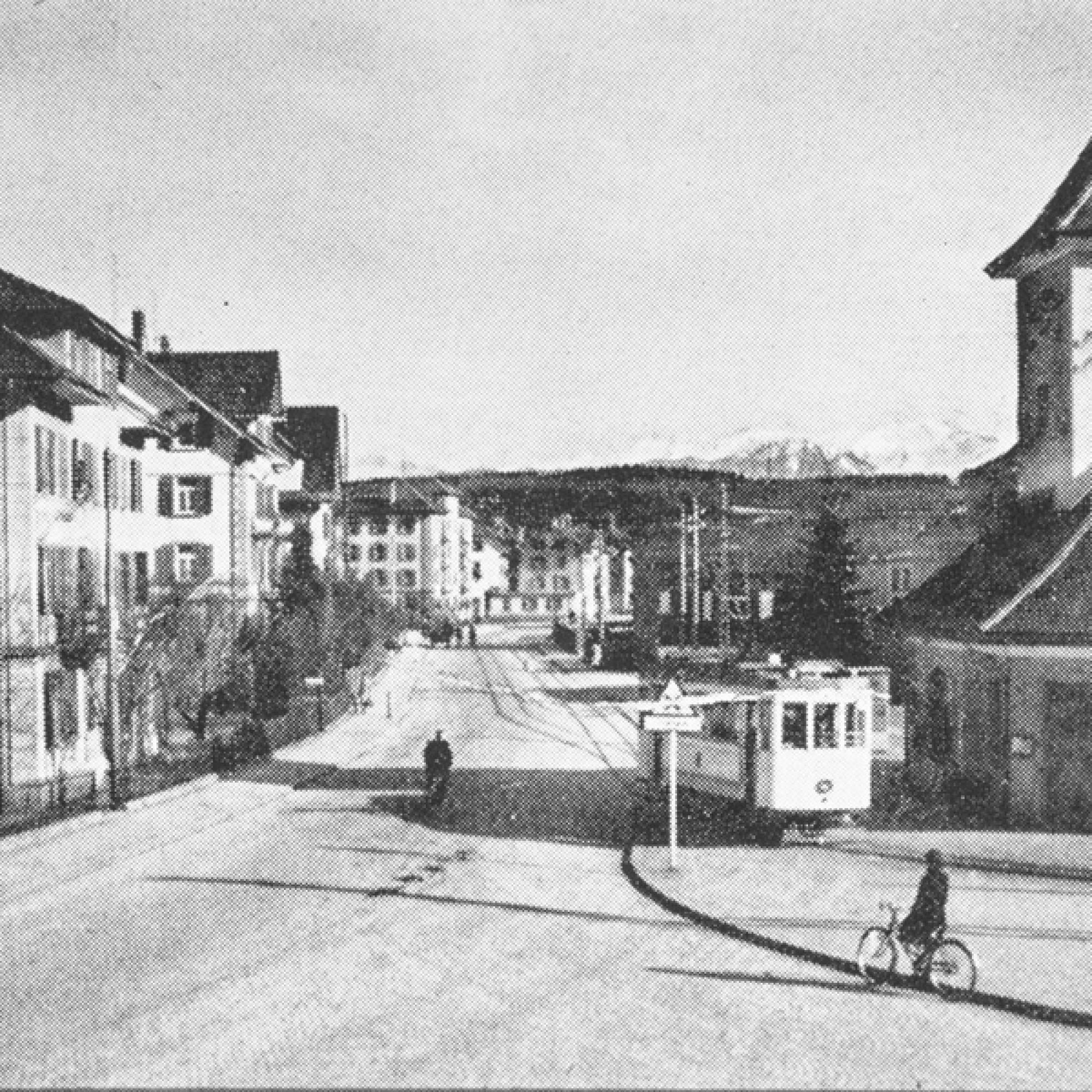 Das Tramhäuschen kurz nach seiner Eröffnung im Jahr 1927 (Gemeindearchiv Emmen)