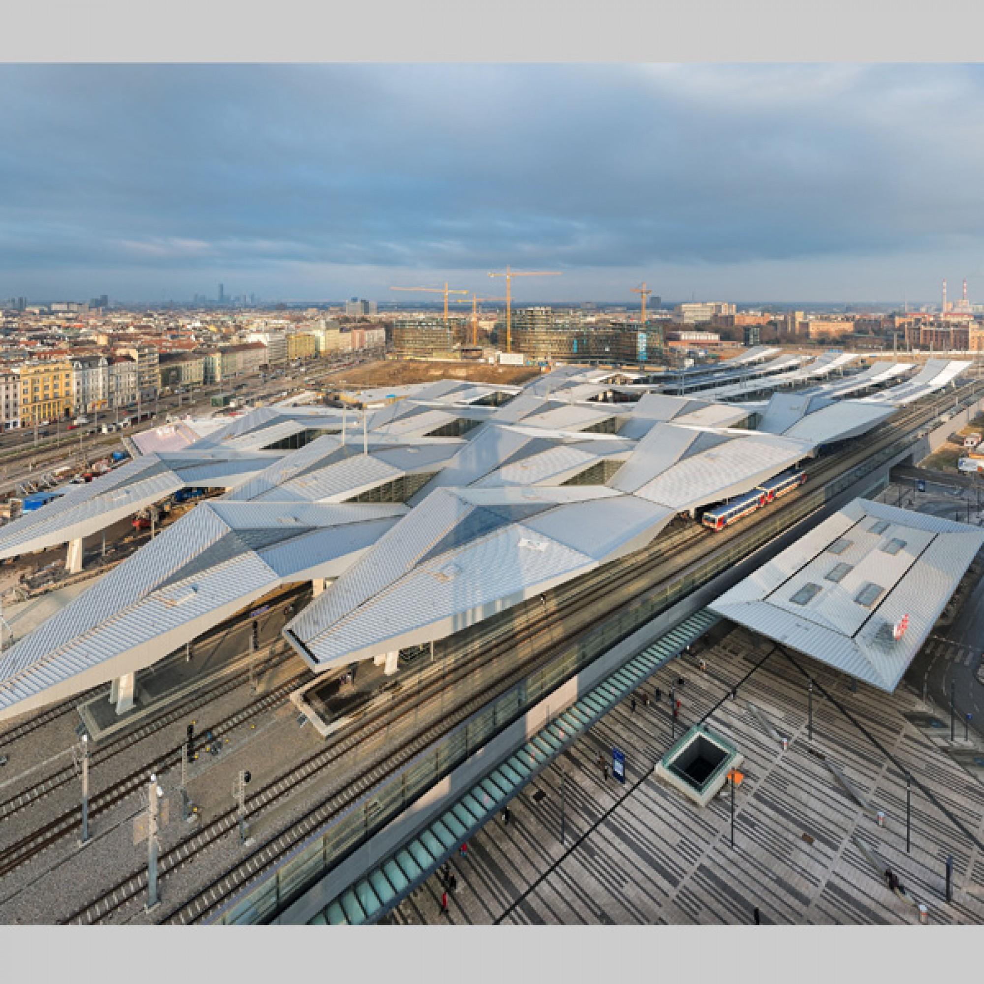 Dach des Wiener Hauptbahnhofs (Roman Bönsch)