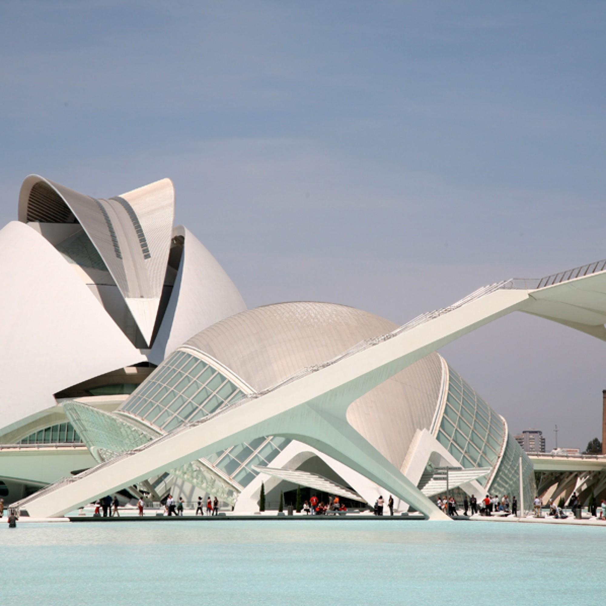 Die Stadt der Künste und der Wissenschaften in Valencia  (vincent des jardins, flickr, CC)