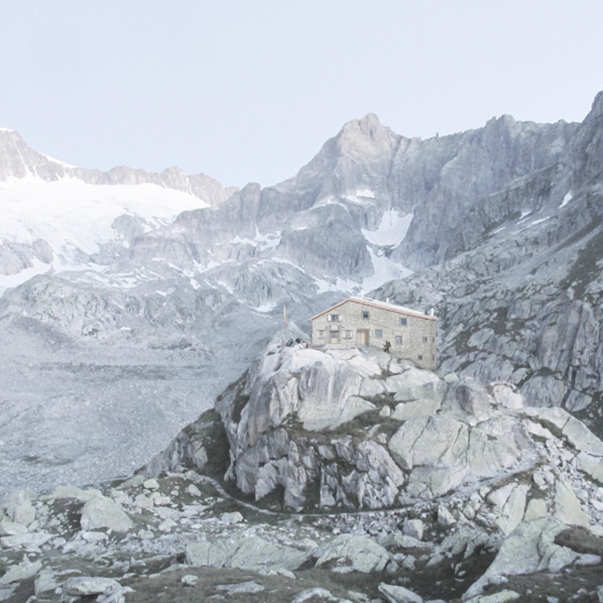 Scheint beinahe eins mit der Landschaft; die nach dem Geologen und Alpenforscher Albert Heim benannte Hütte des SAC. (Leutwyler Partner Architekten / SAC Uto)