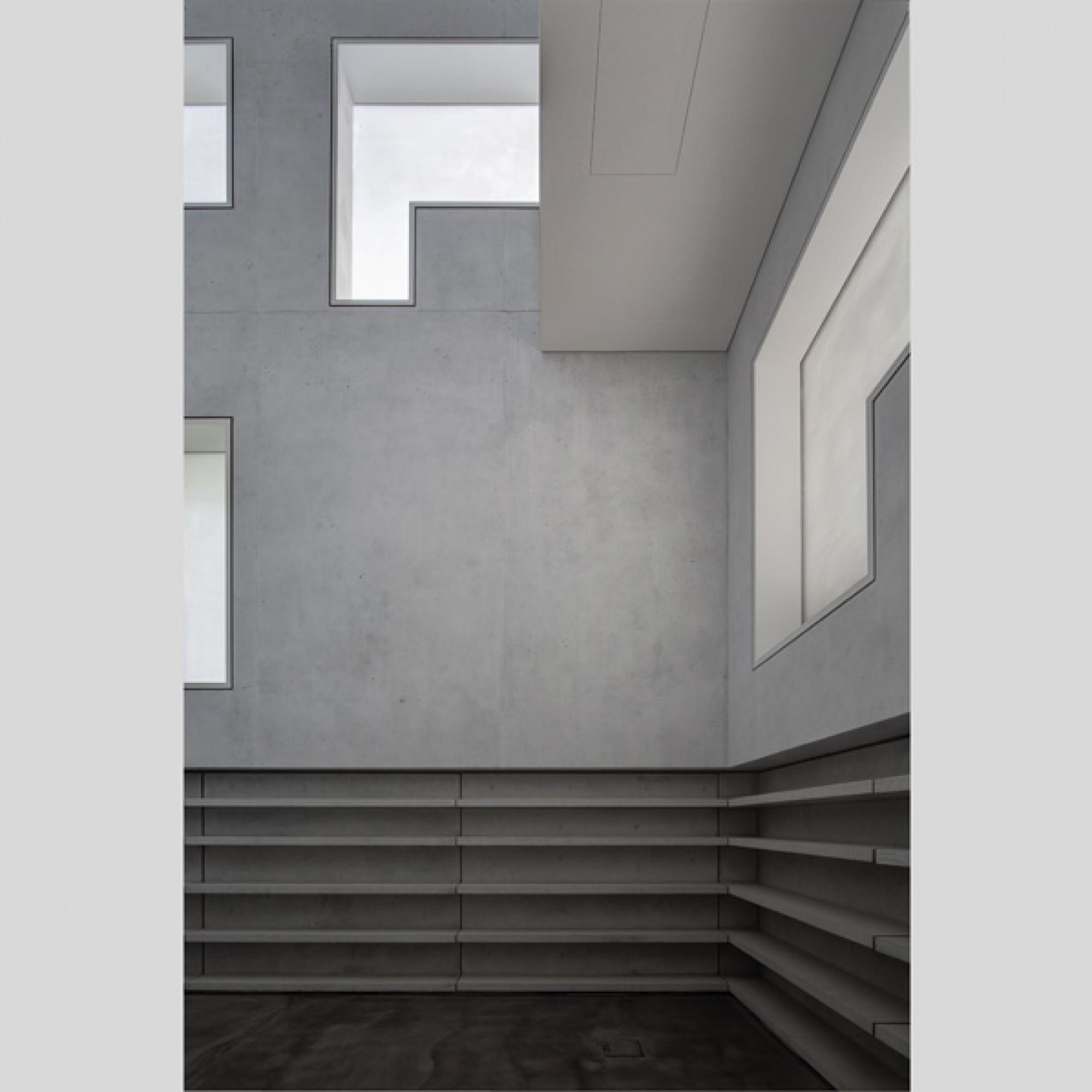 Im Innern sind Ausstellungsräume untergebracht.  (Werner Huthmacher / DAM)