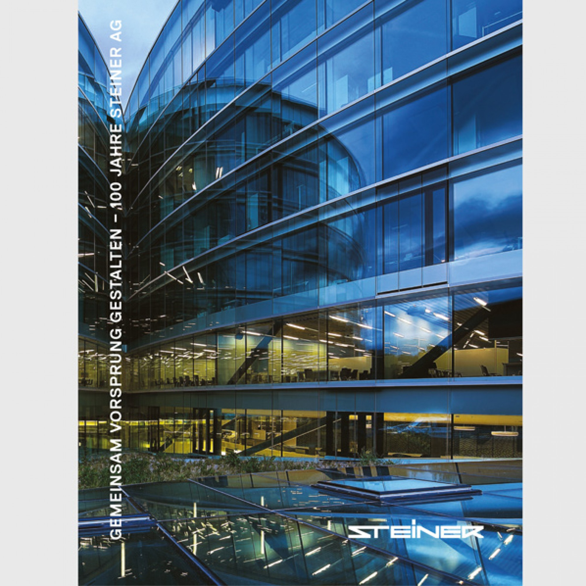 In einem Buch blickt das Unternehmen zurück auf ein Jahrhundert Baugeschichte, (PD)
