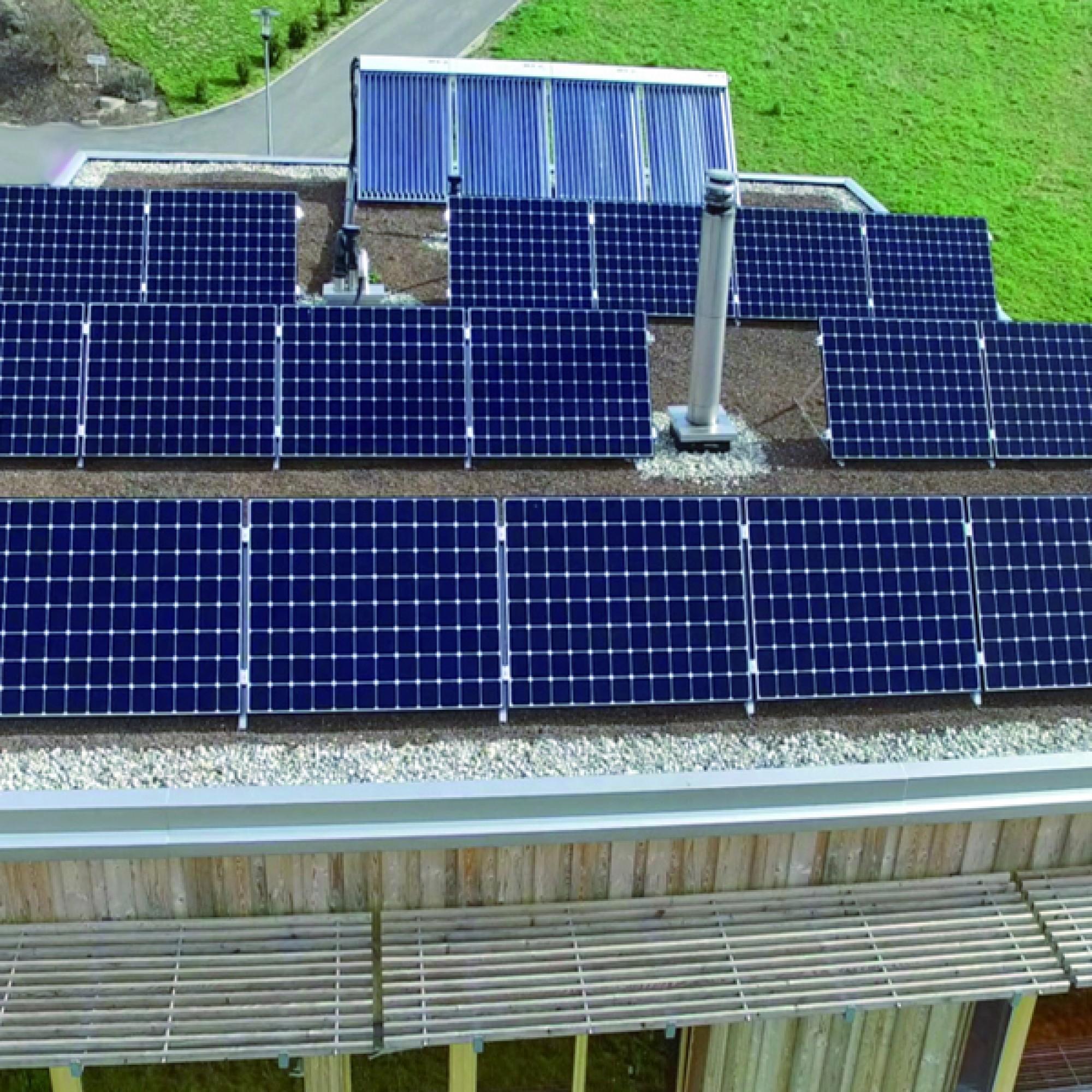 Die Photovoltaikanlage auf dem Dach