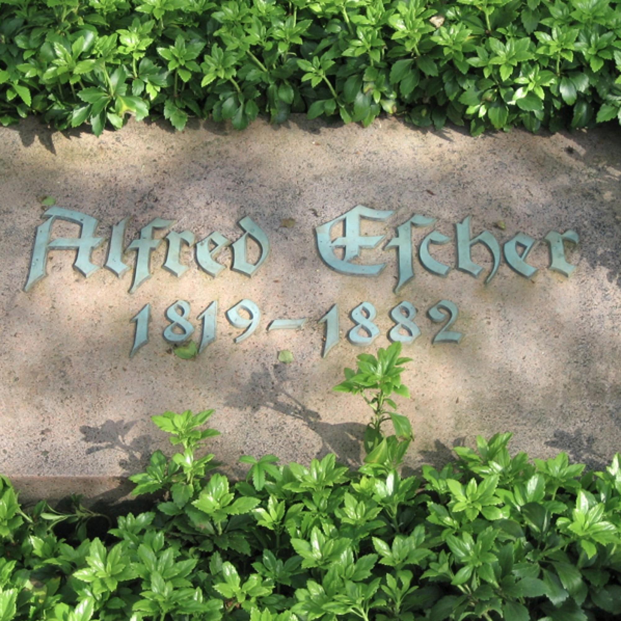 Die Grabplatte wurde von Moos und Flechten gereinigt. (zvg)