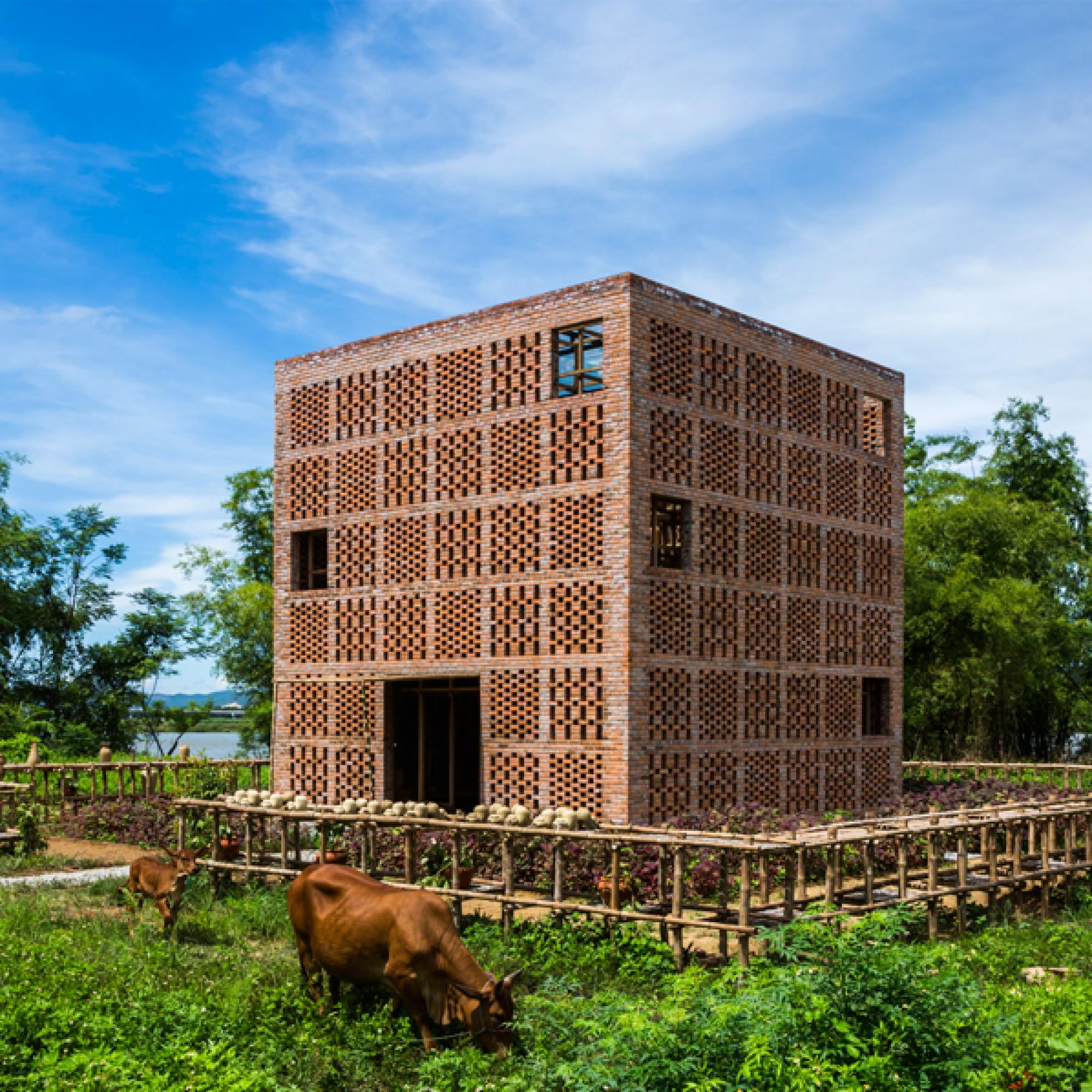 Beinahe selbst eine Skulptur: Der Pavillon, in dem  Le Duc Ha arbeitet und ausstellt.   (Hiroyuki Oki/zvg) 1/4