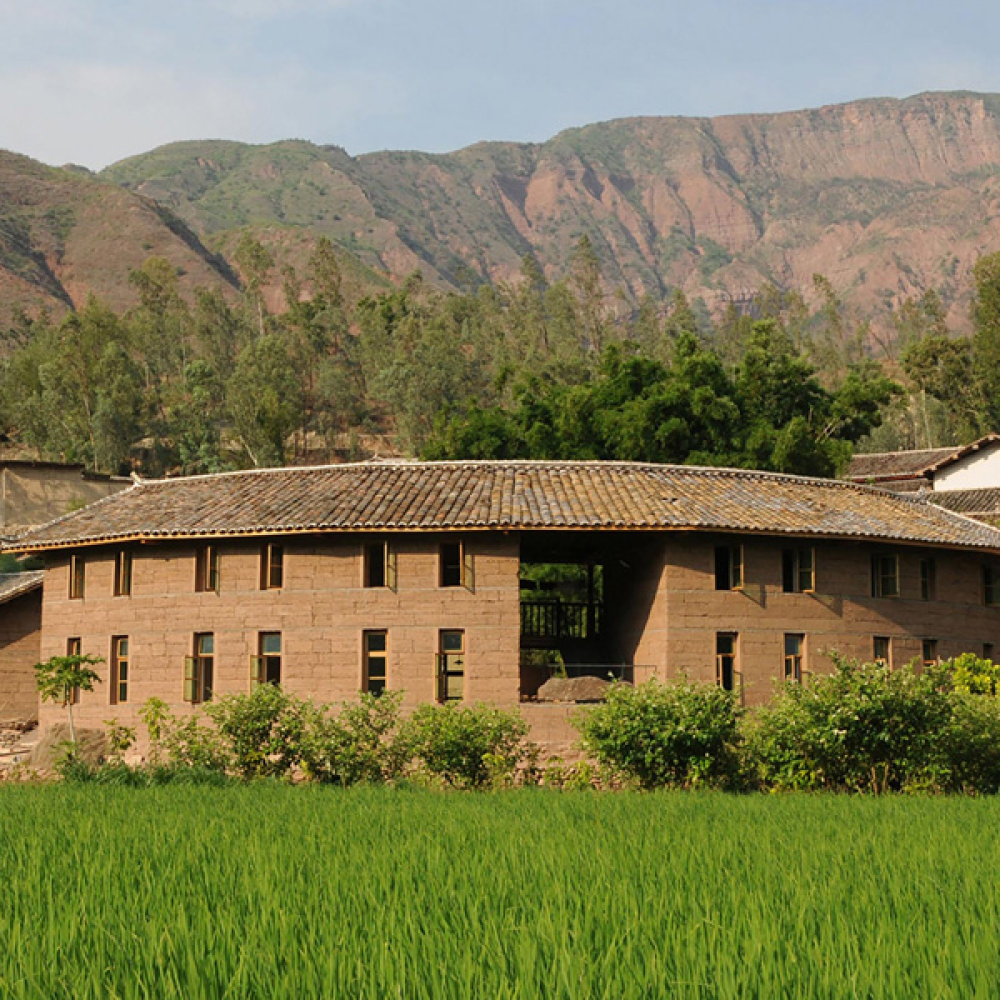 Secmol, Schulneubau in Indien